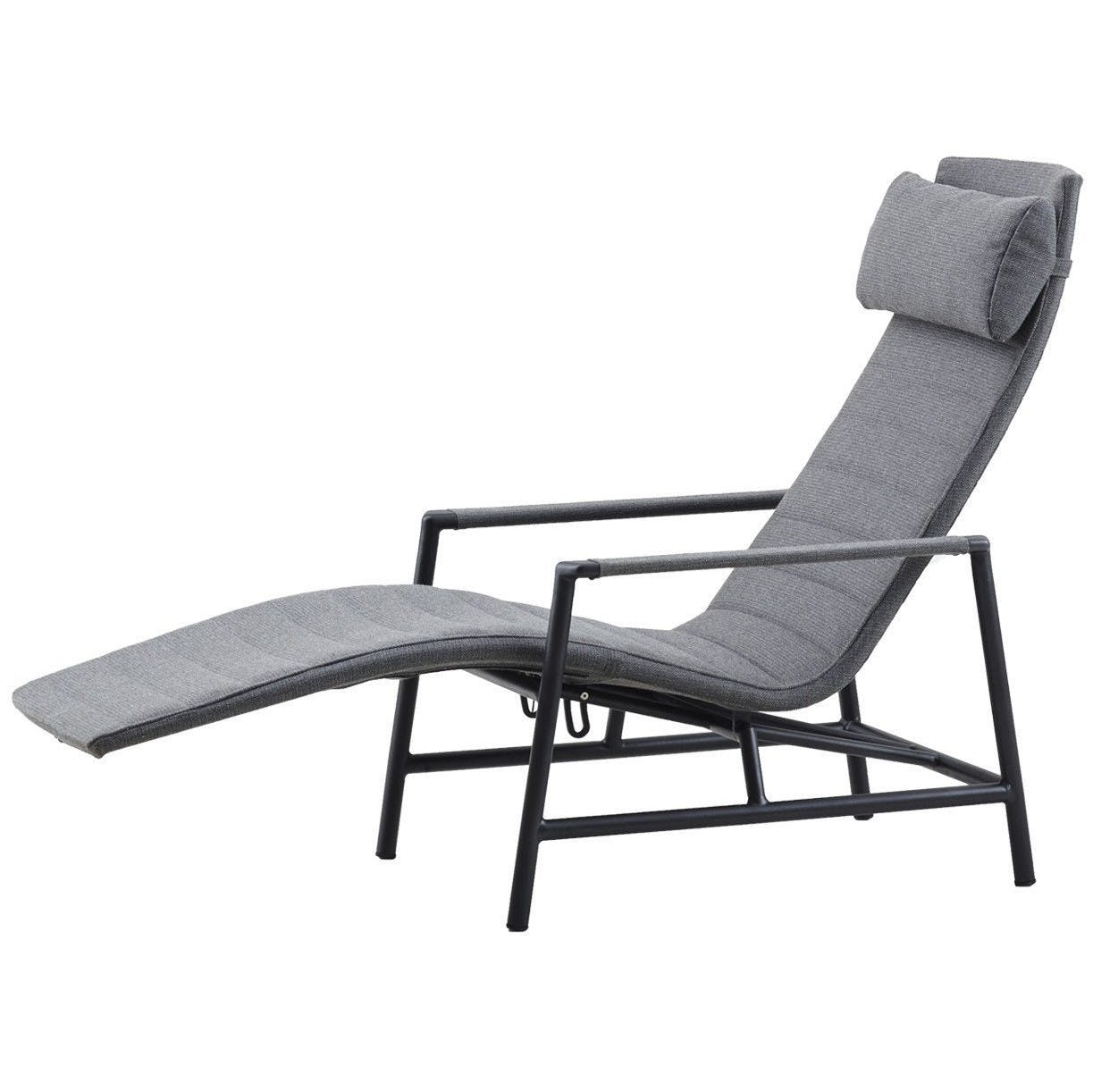 Cane-line-core-deck-chair-haute-living