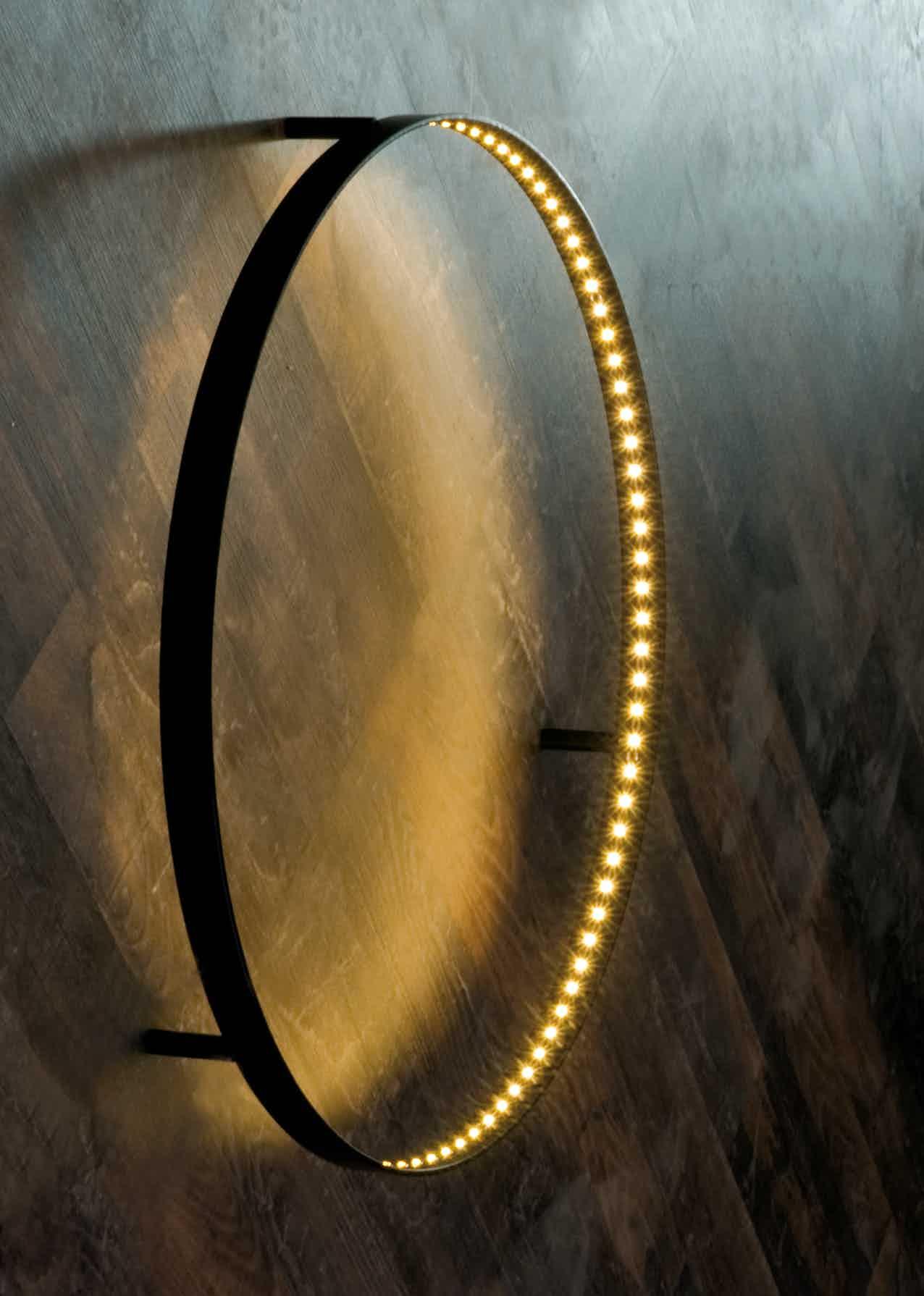 Le-deun-luminaires-curve-wall-lamp-hardwood-haute-living