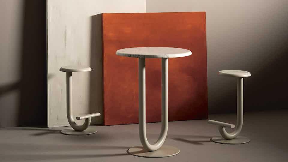 Desalto strong bar table white marble haute living