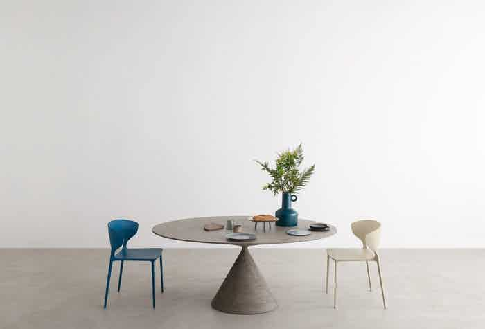 desalto clay table insitu haute living