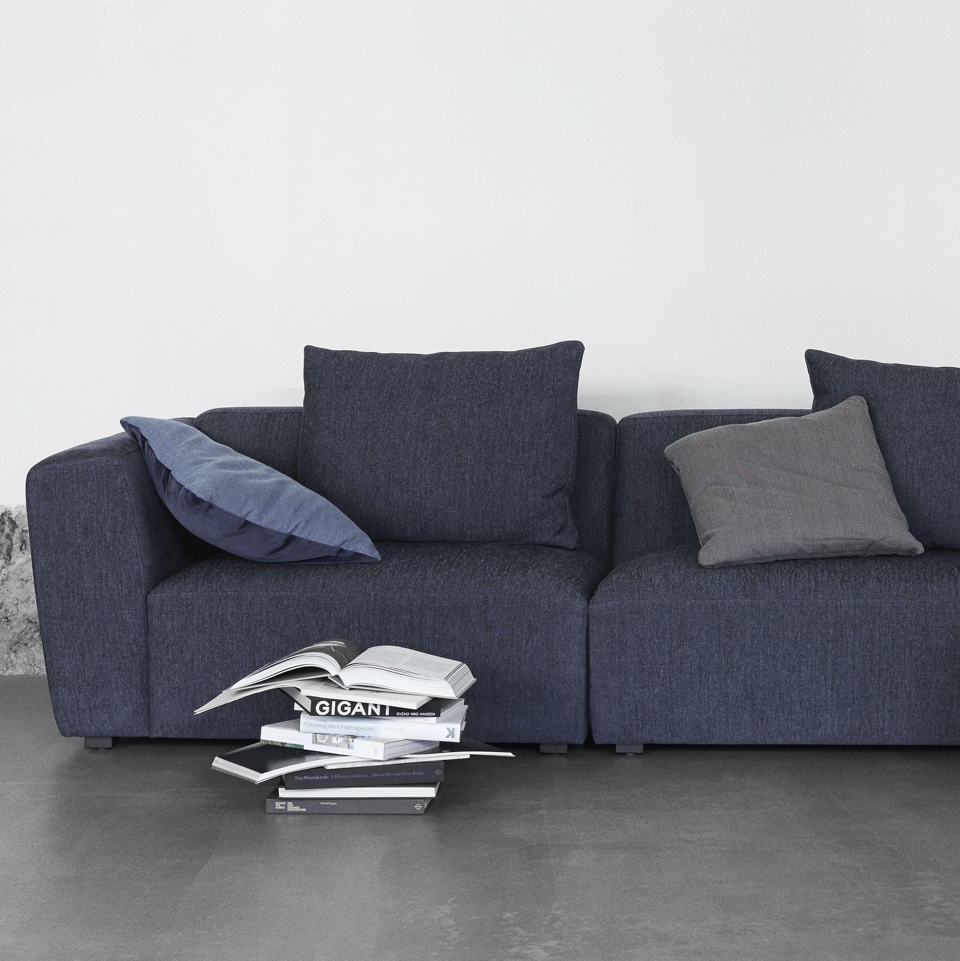 Wendelbo-front-domino-sofa-institu-haute-living_190403_145521