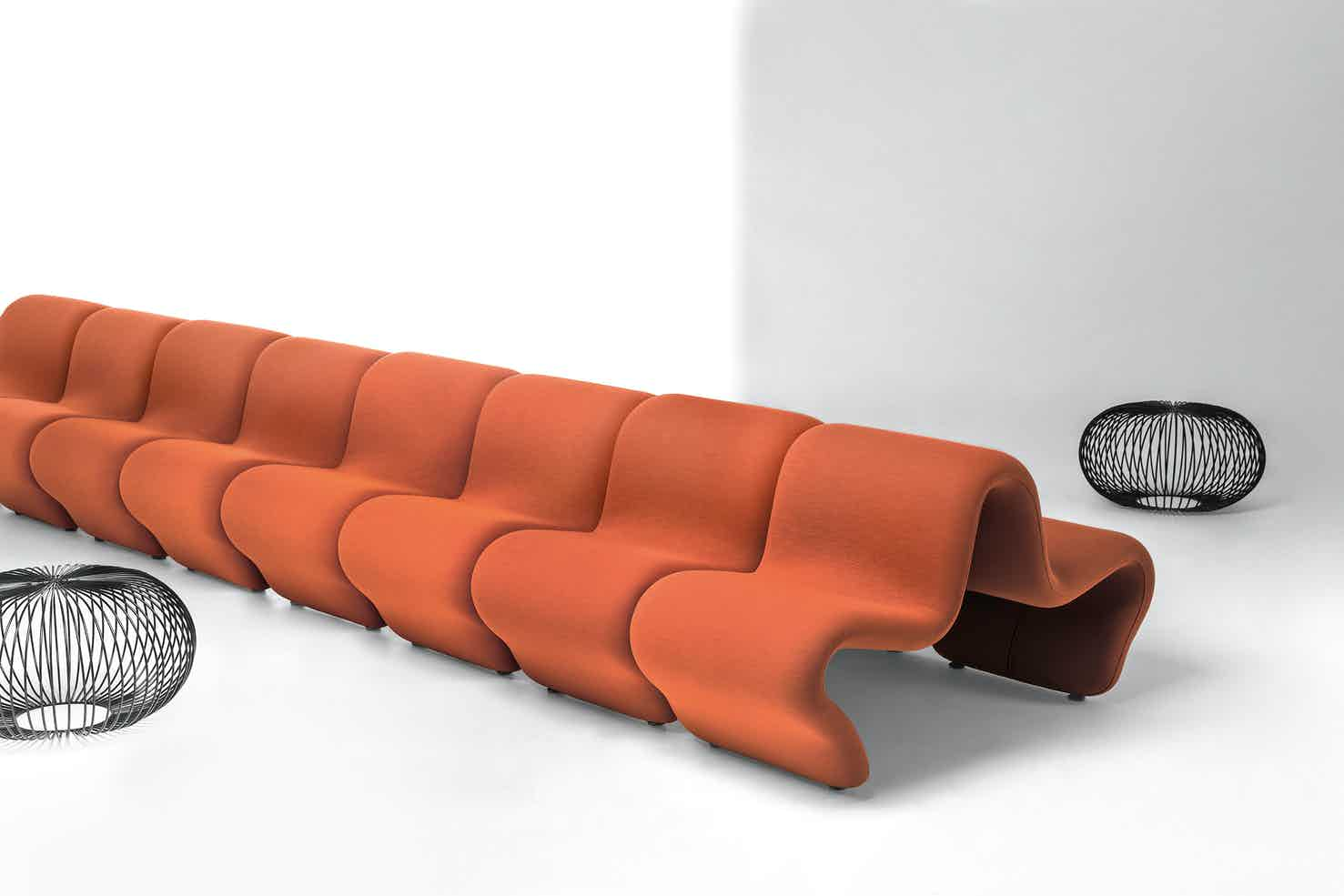 Lacividina-dos-a-dos-louvre-orange-multiple-haute-living