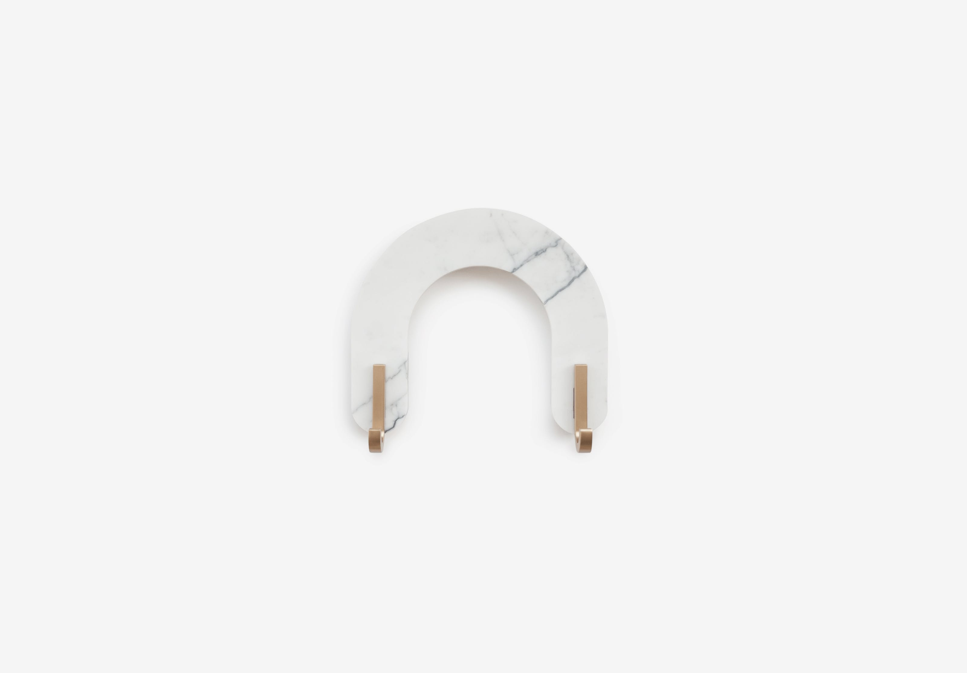 Trueing-arch-double-float-hook-haute-living