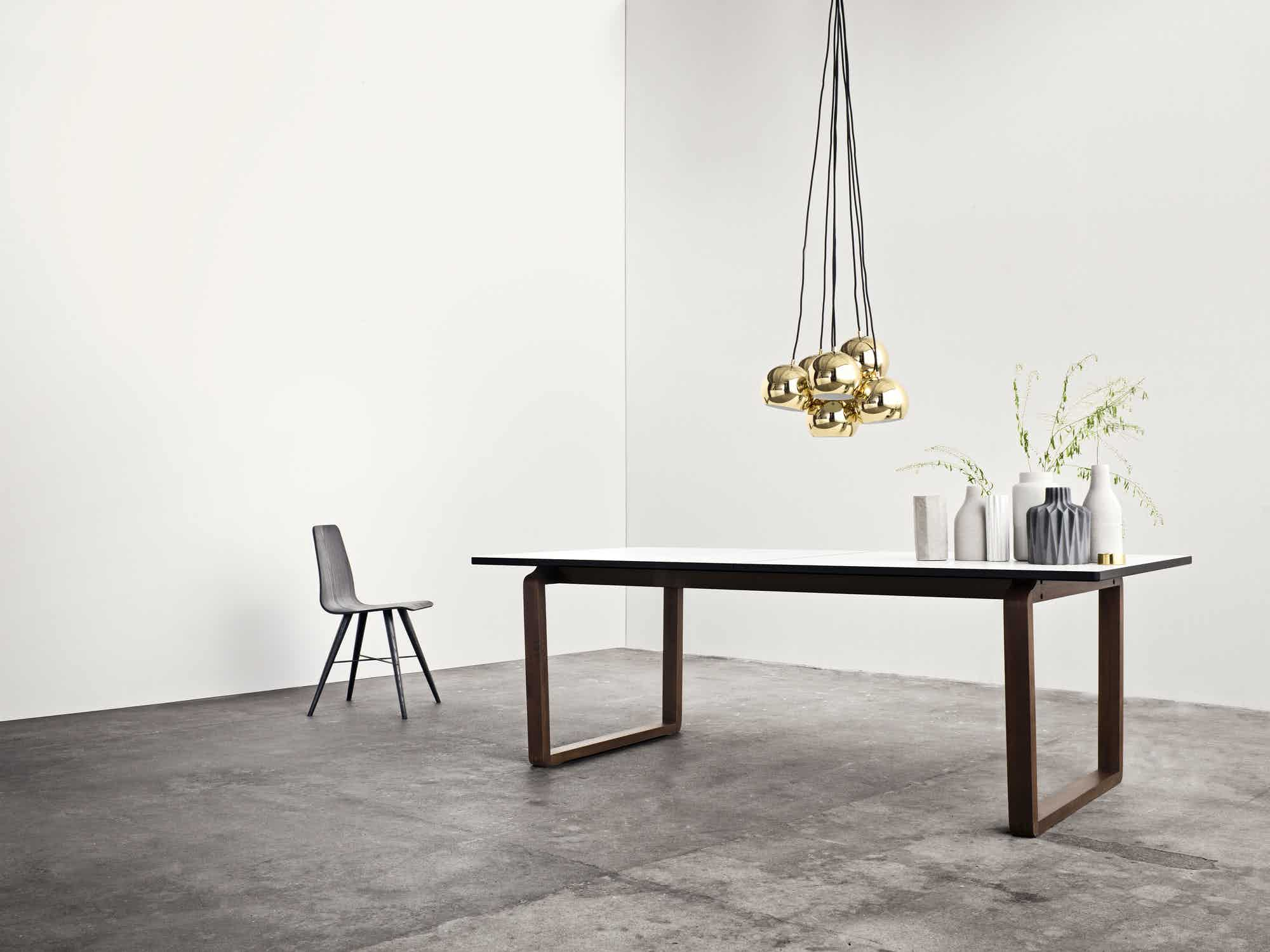 bolia dt dining table insitu haute living