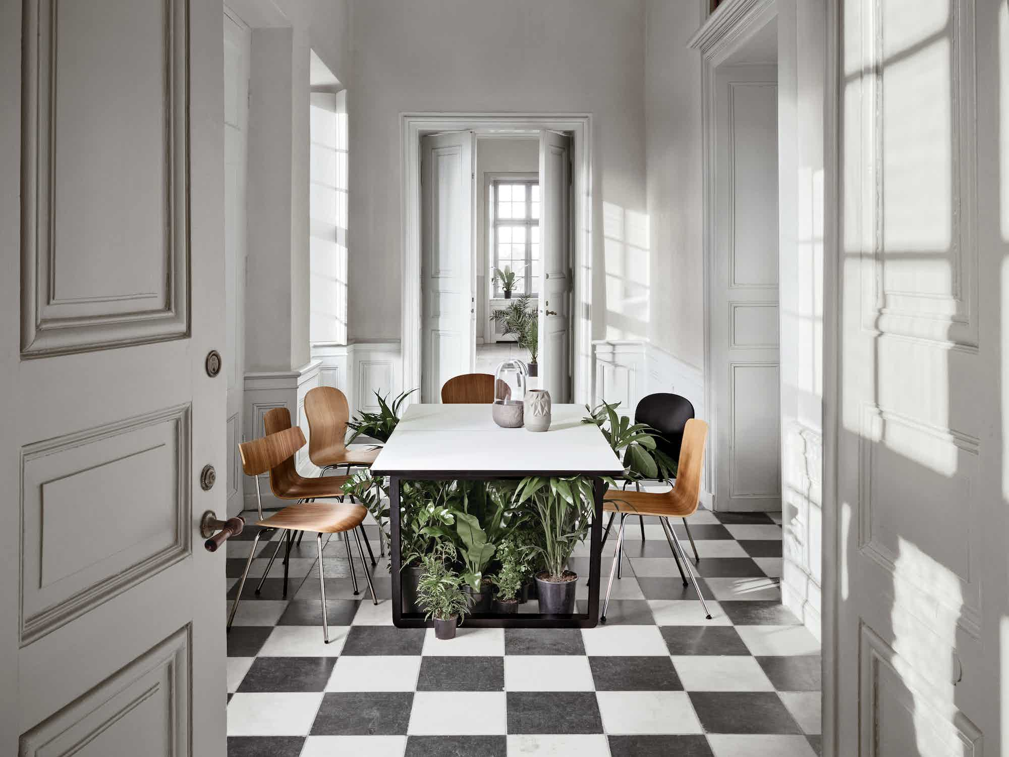 bolia dt dining table side haute living