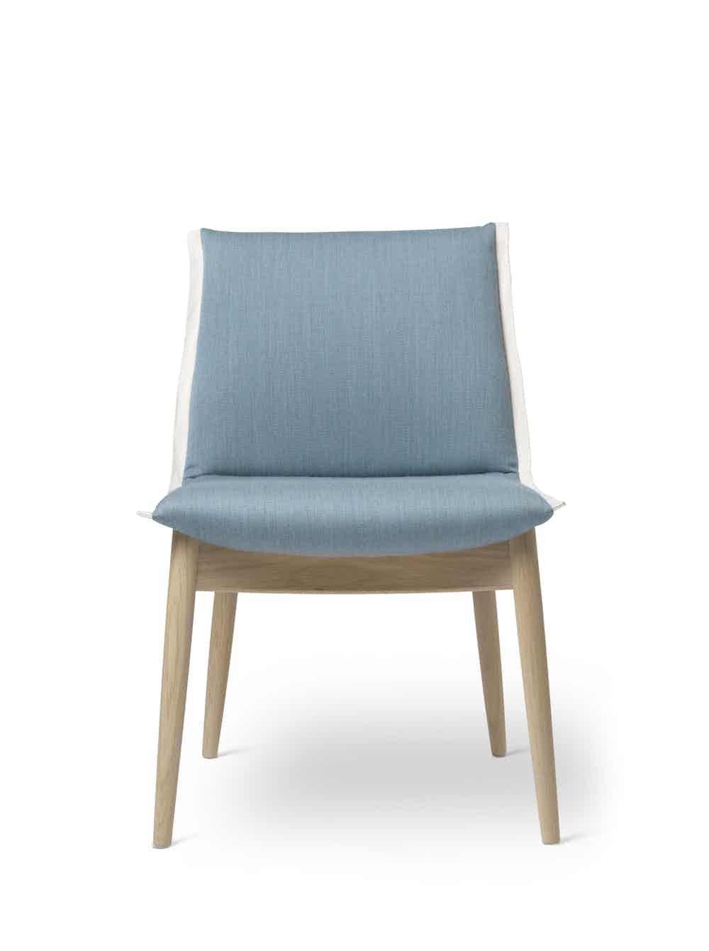 Carl-hansen-and-son-e004-embrace-dining-chair-oak-blue-front-haute-living