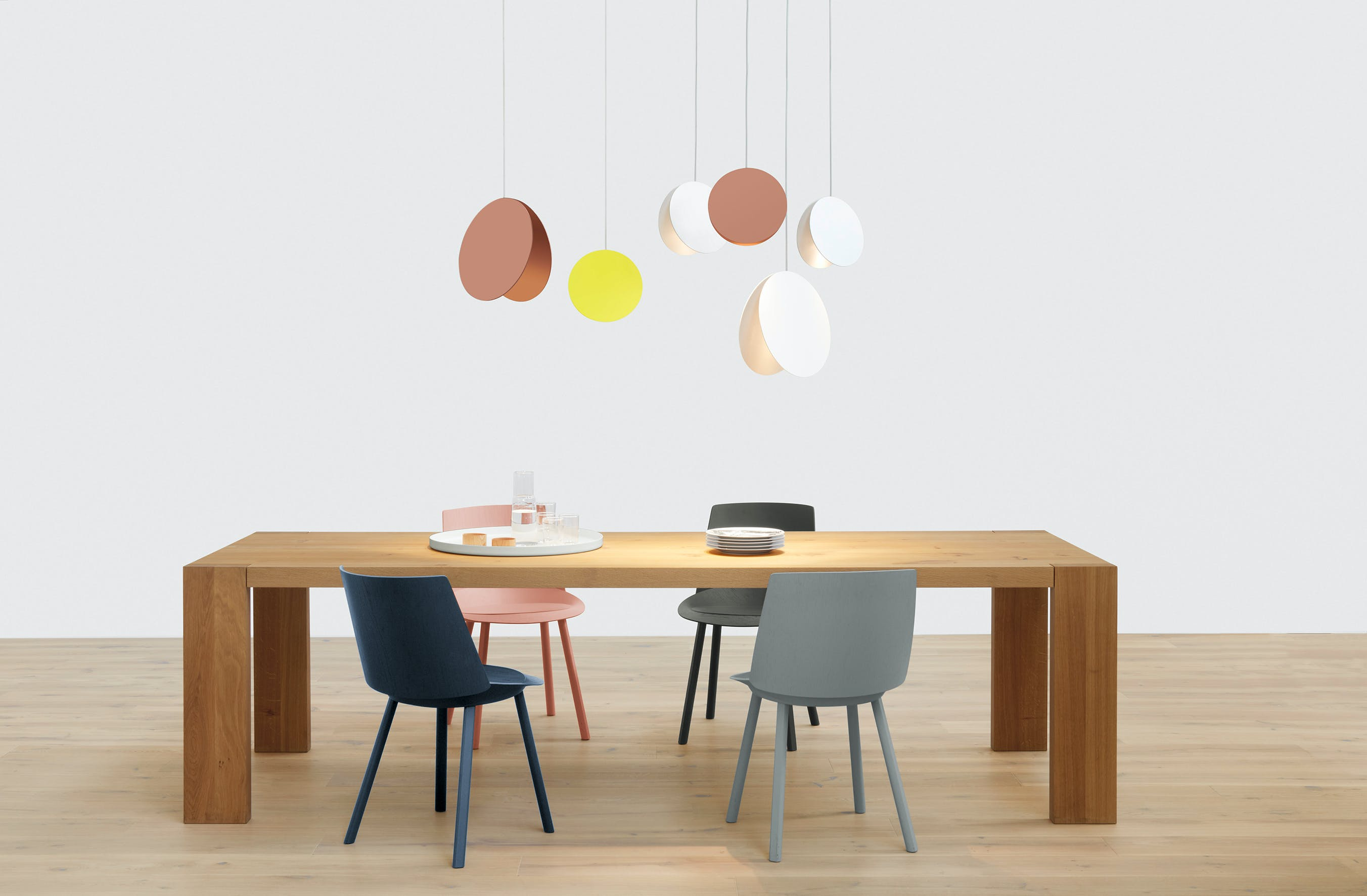 E15-furniture-london-table-pendant-light-haute-living