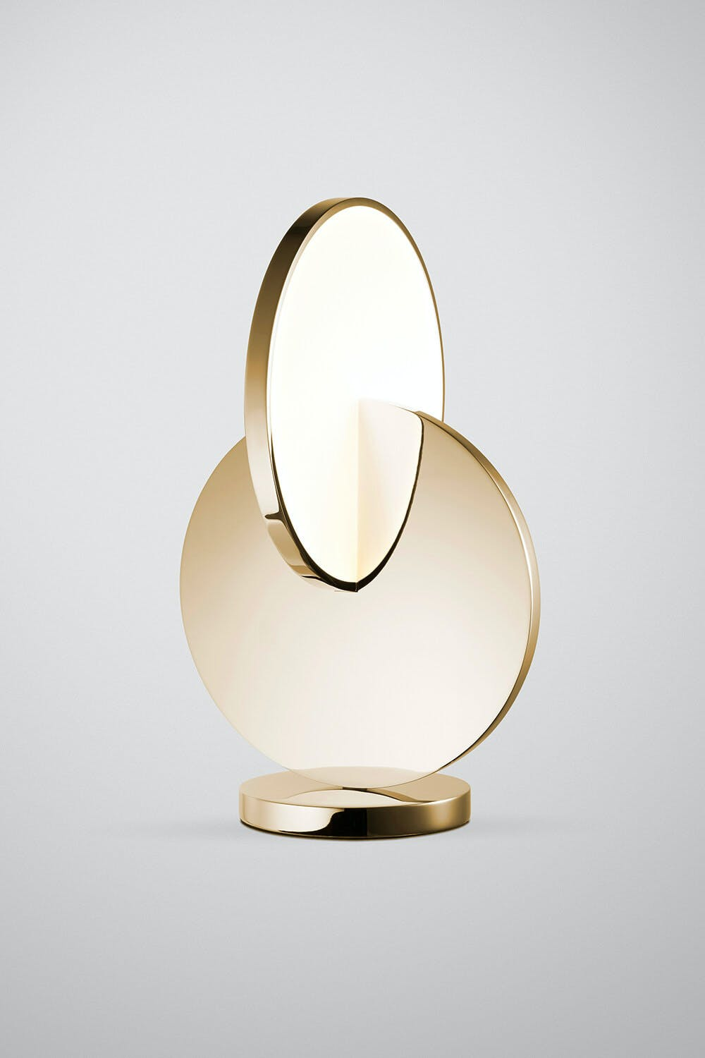 Lee-broom-polished-gold-eclipse-table-lamp-haute-living