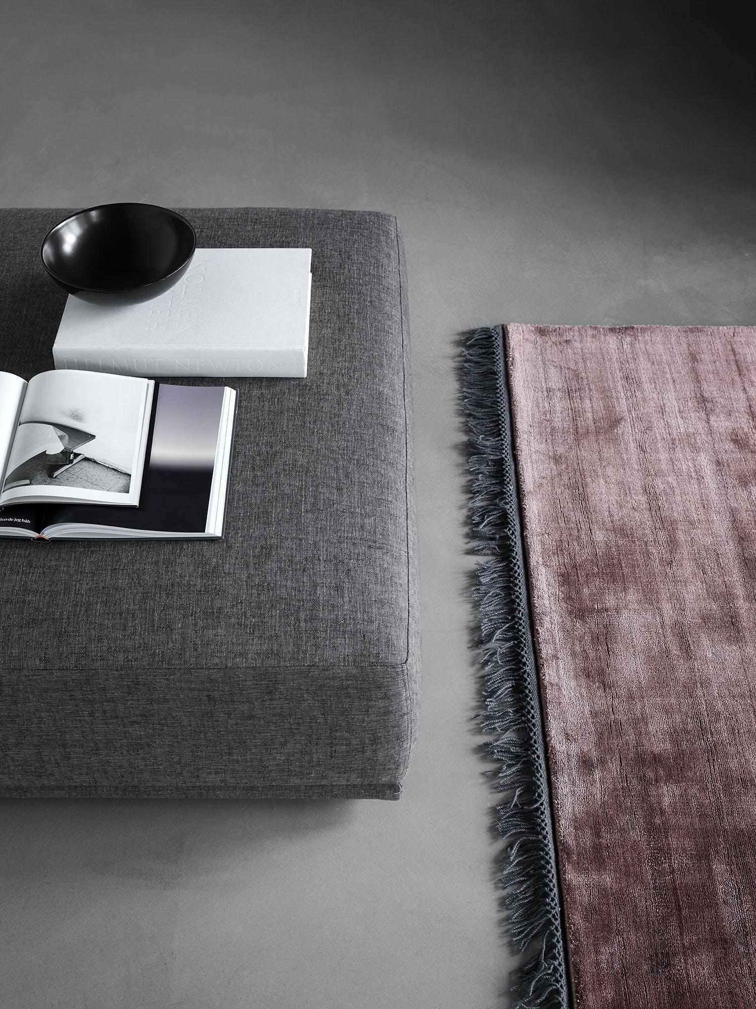 Wendelbo-ottoman-detail-elementz-sofa-institu-haute-living