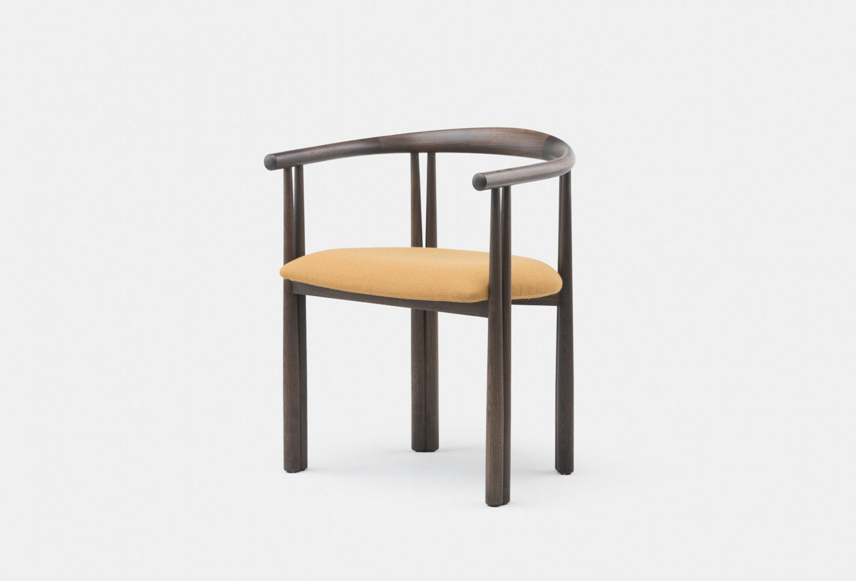 Eliot Chair Web1 2800X1900
