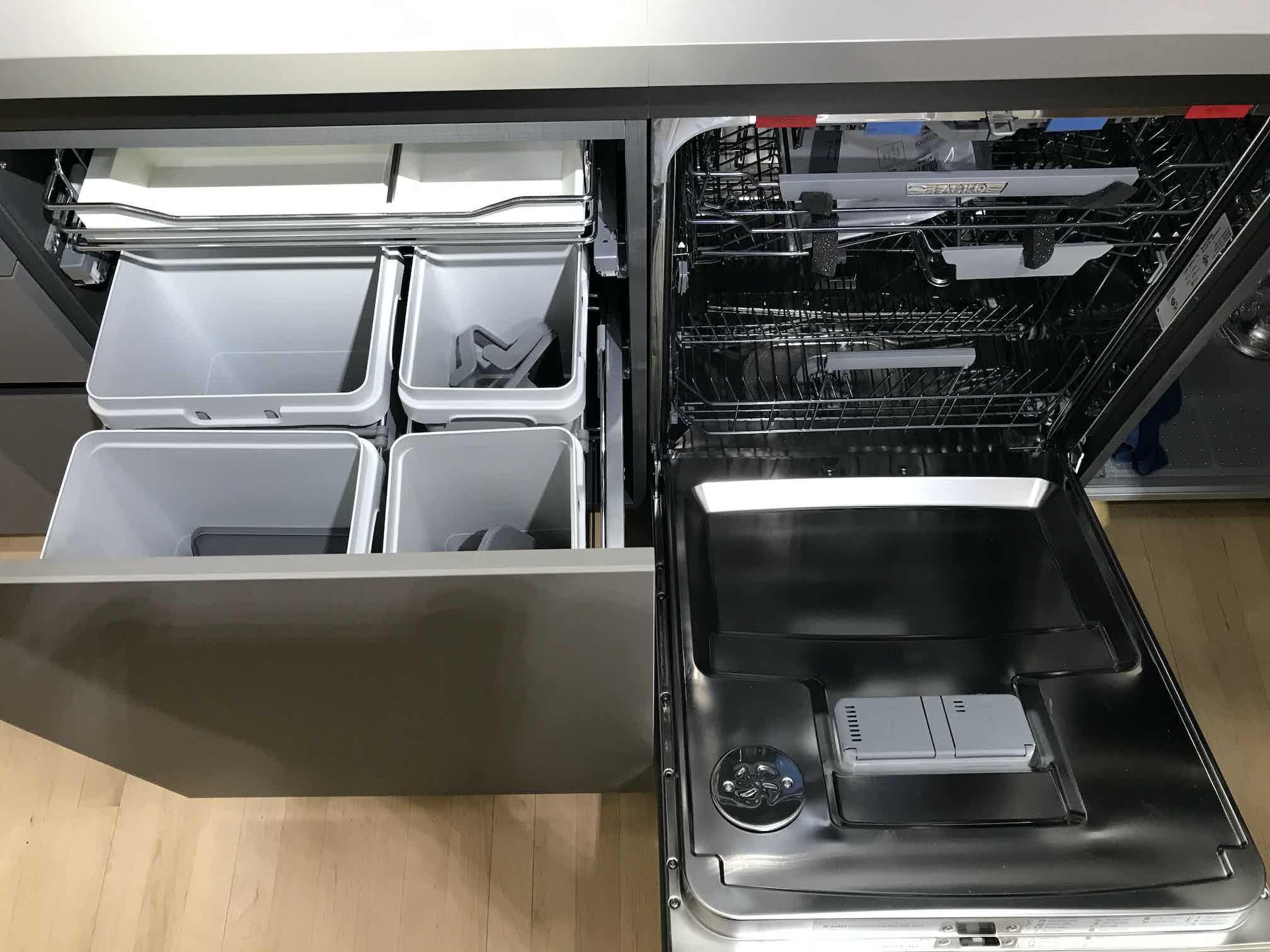 Down dishwasher
