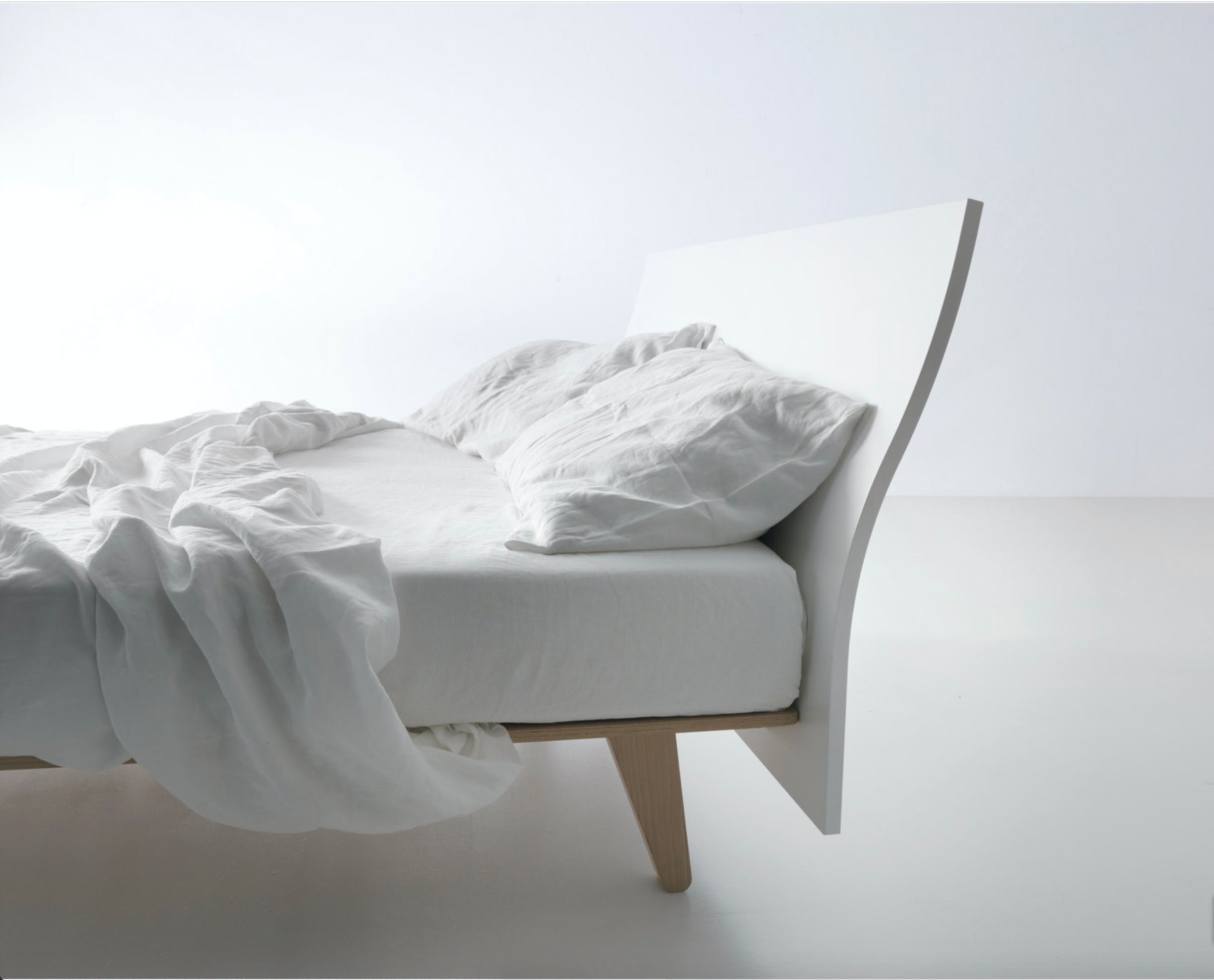 Caccaro Filesse Bed Bed Haute Living