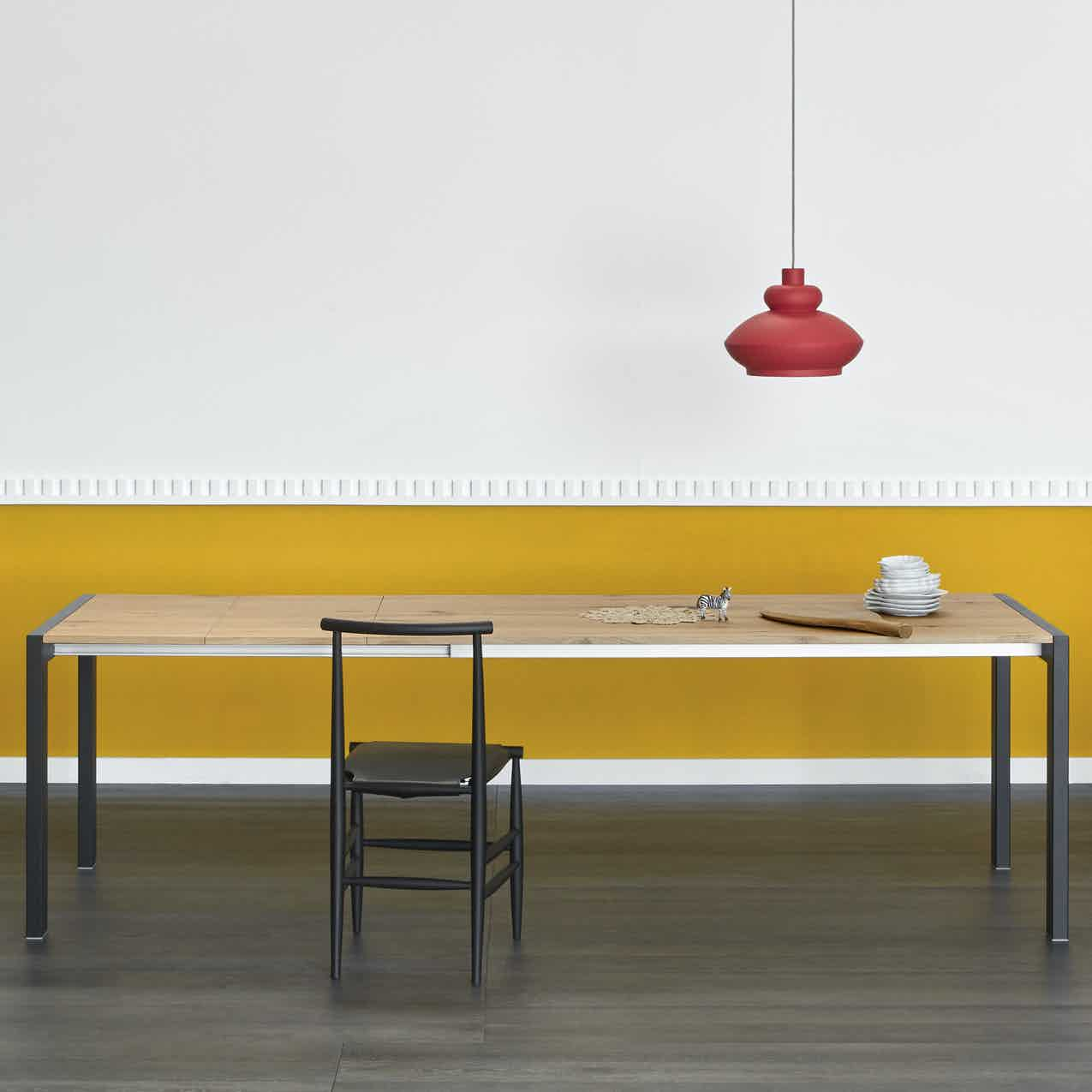 Miniforms First Table Center Haute Living