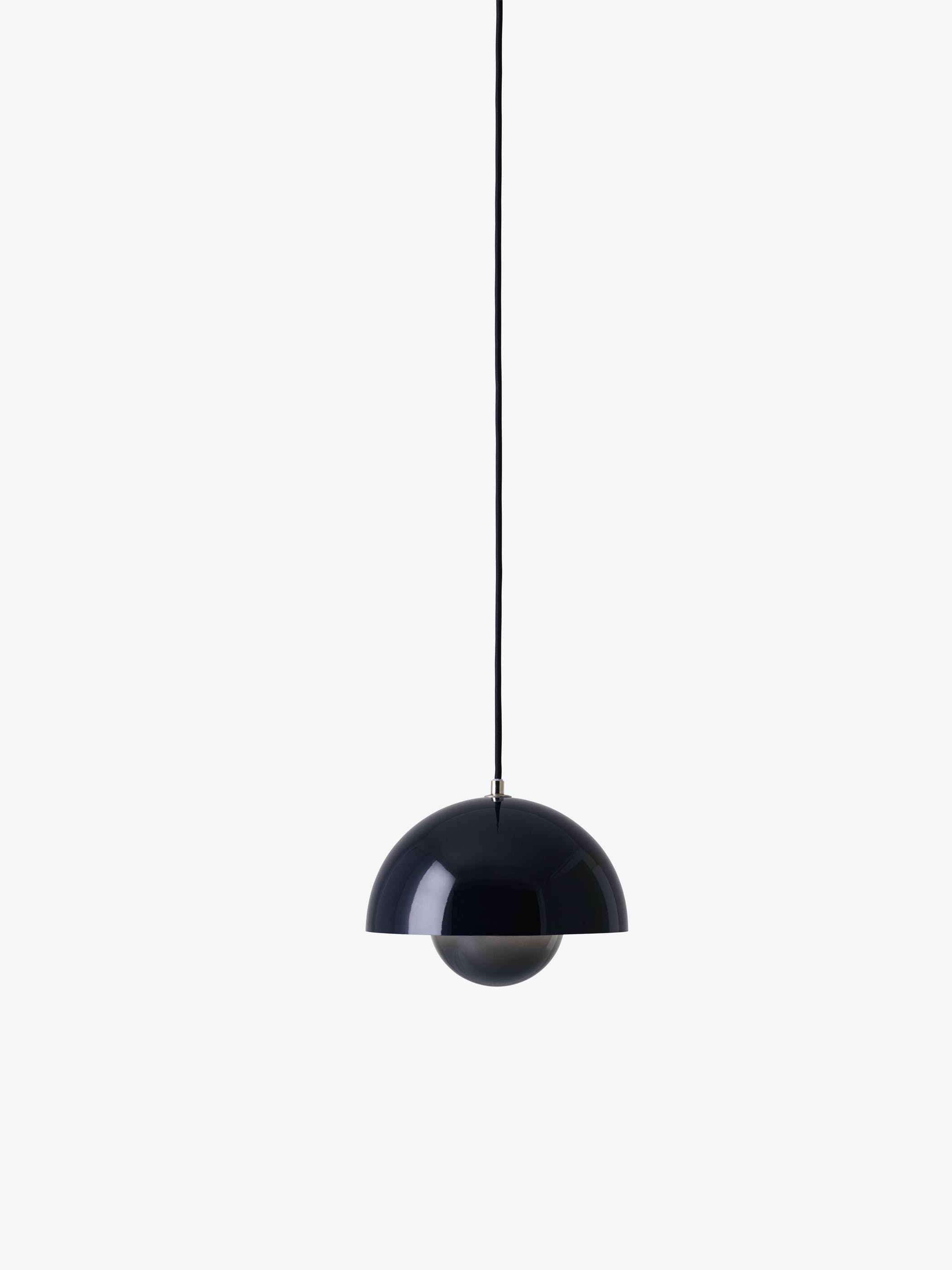 Flowerpot Pendant Vp1 Black Blue Light