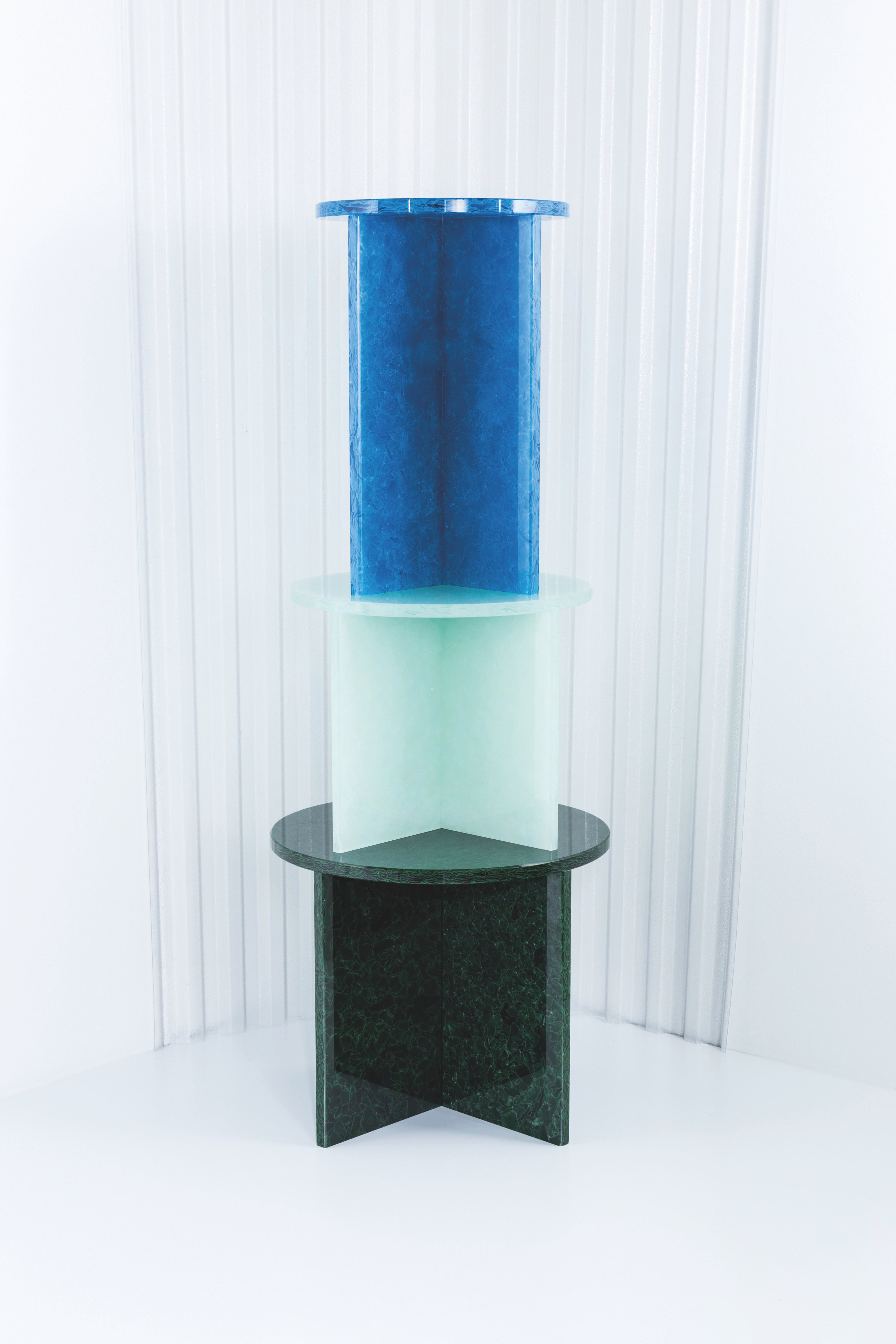 Pulpo-font-table-three-stacked-haute-living