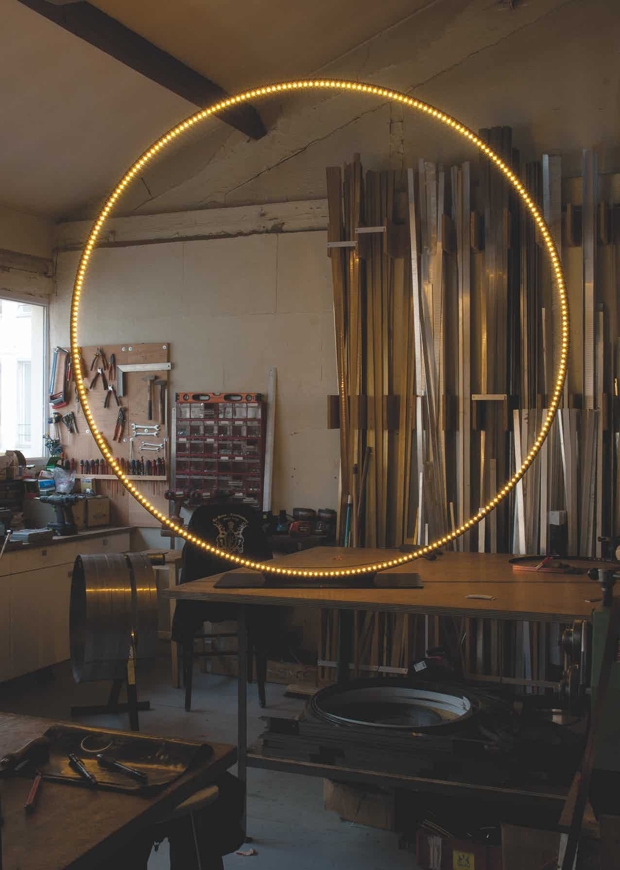 Le-deun-luminaires-giga-floor-lamp-work-table-haute-living