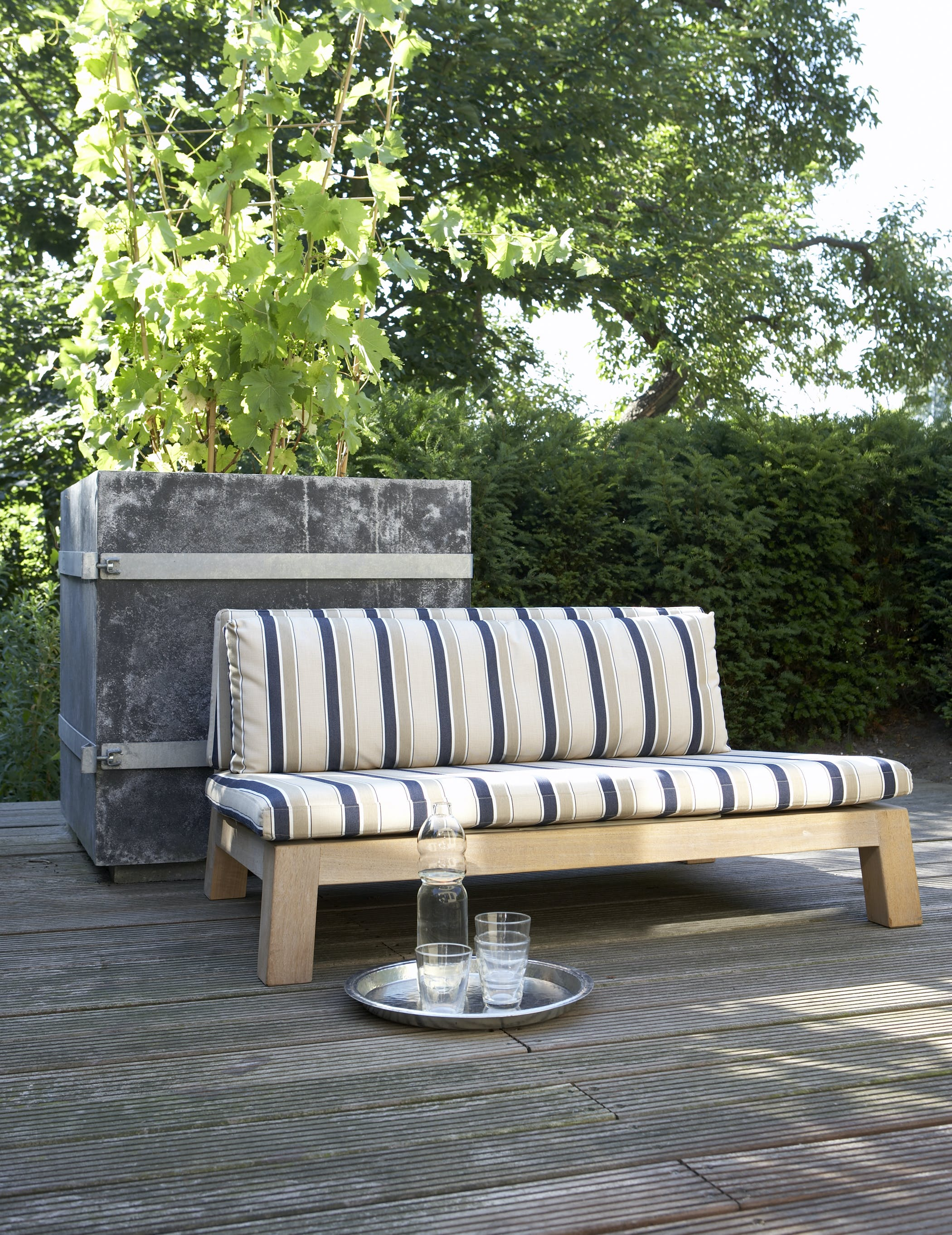 Gijs Teak Loveseat Photo P Grootes Styling J Huisman