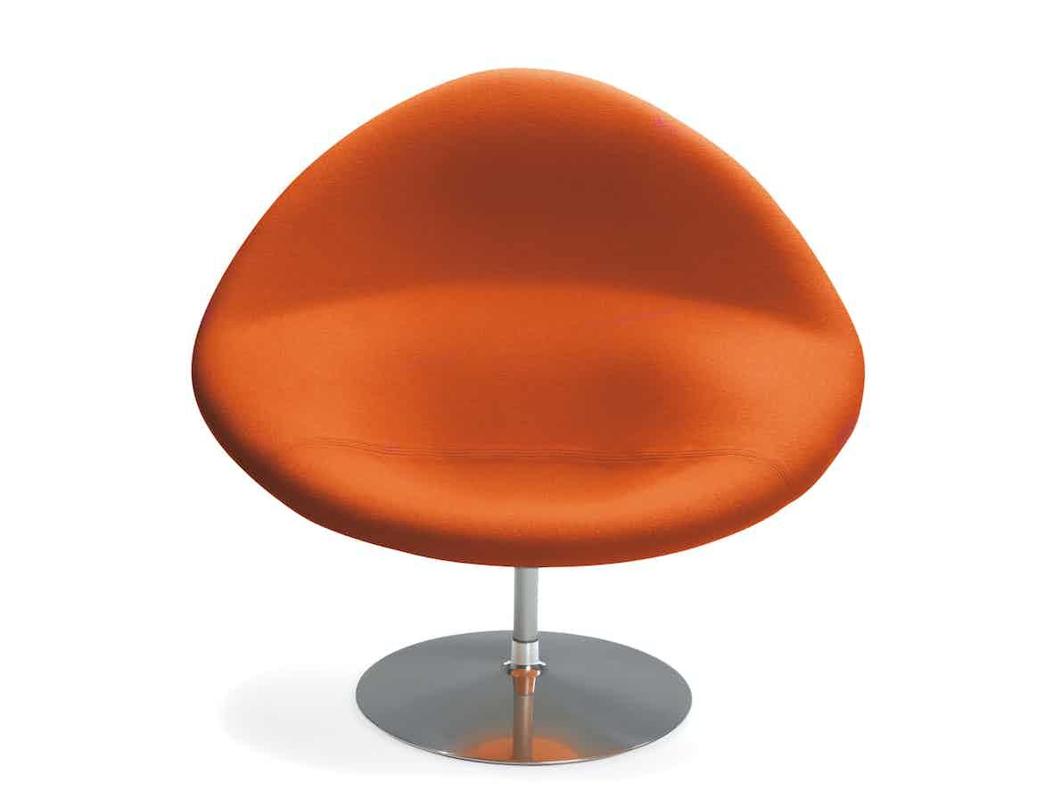 Artifort Orange Globe Chair Front