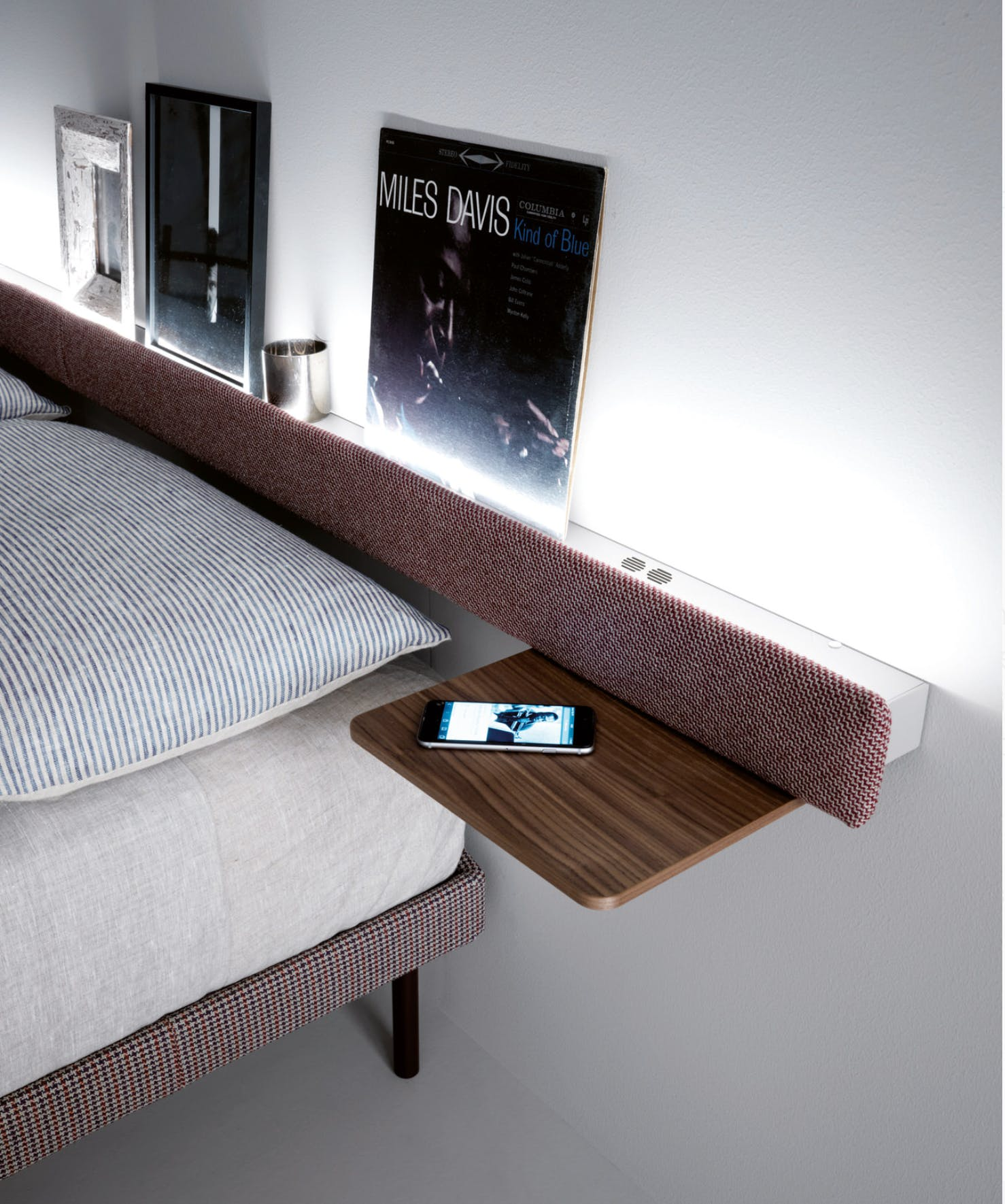 Caccaro Filesse Bed Bar Haute Living