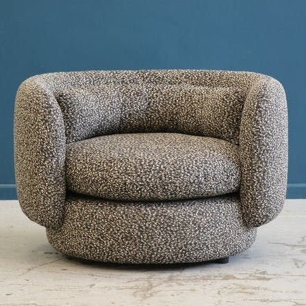 Group Armchair 1 1024X1024