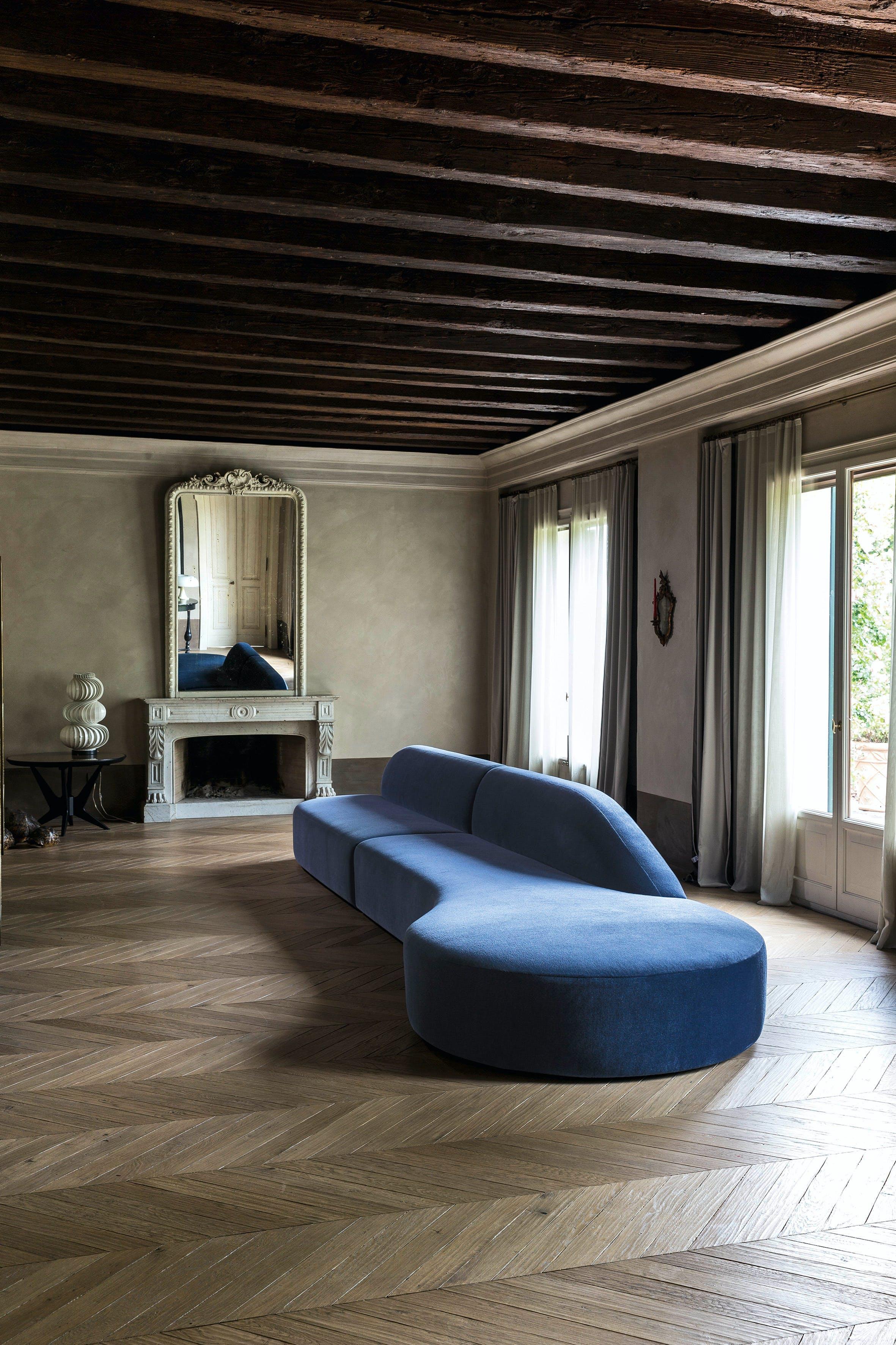 Lacividina-guest-modular-sofa-insitu-haute-living