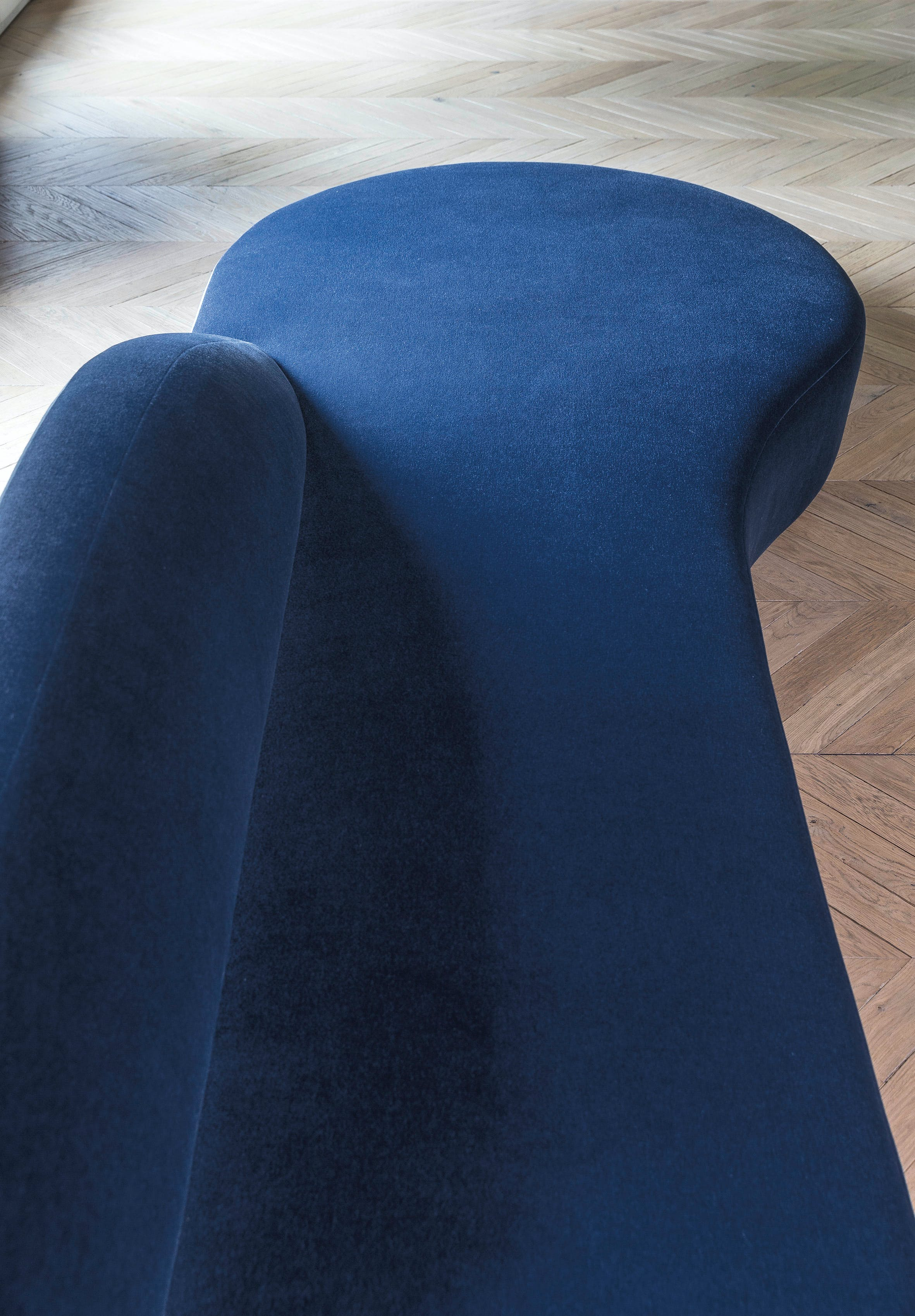 Lacividina-guest-sofa-detail-2-haute-living