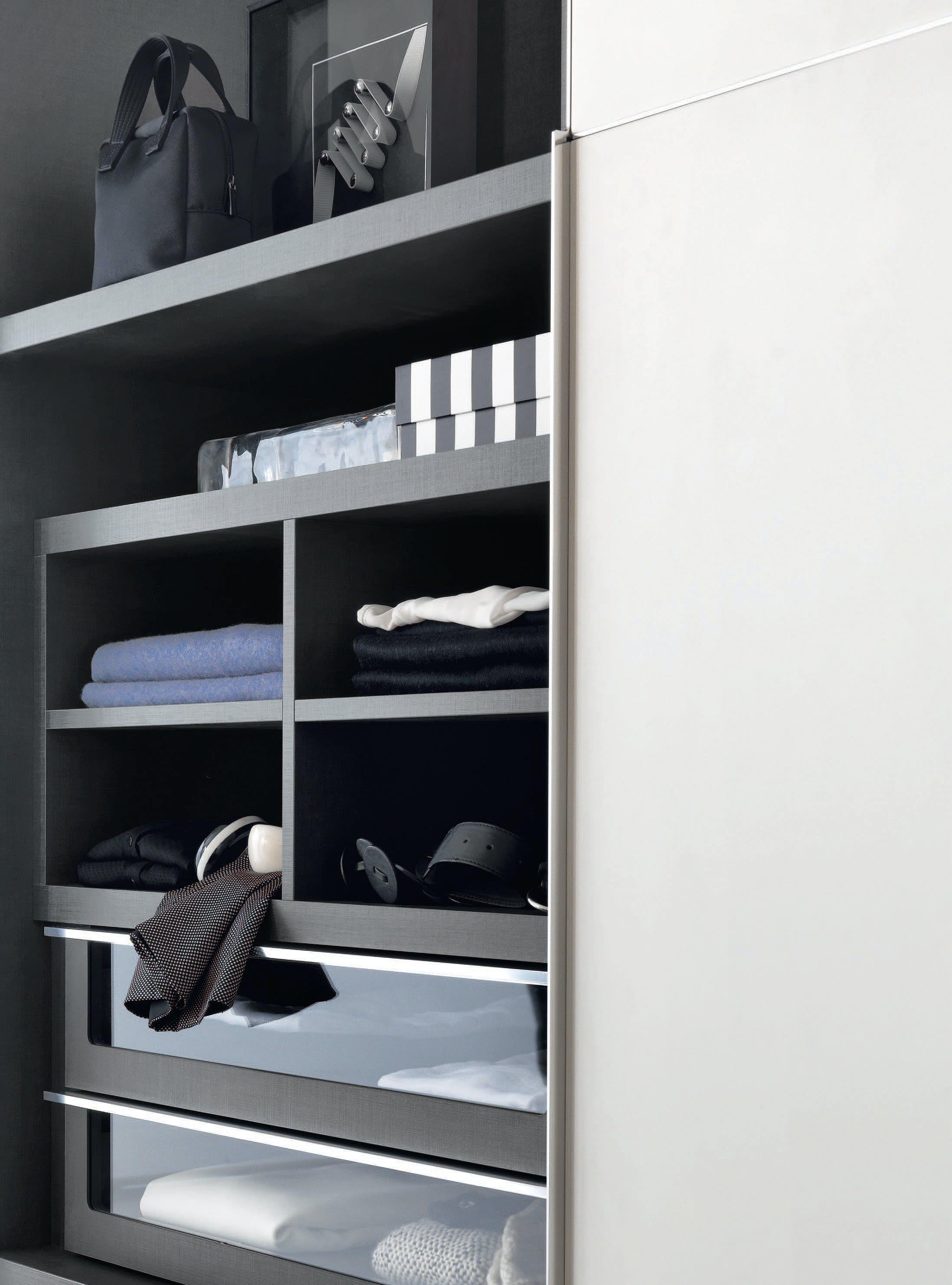 Giellesse Heron System Interior Shelf Haute Living