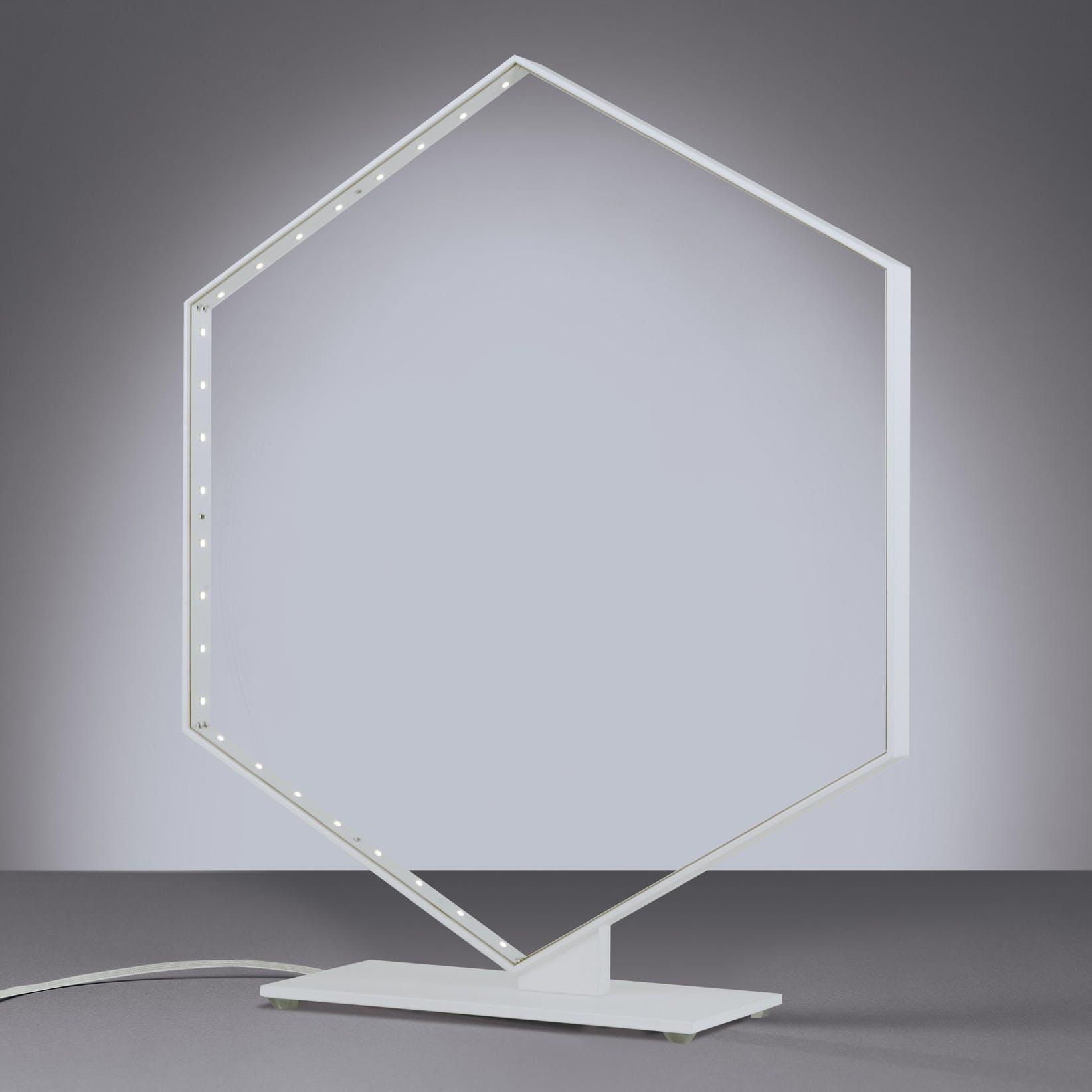 Le-deun-luminaires-hexa-table-lamp-white-haute-living_190415_220158