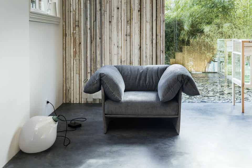 Linteloo-highline-armchair-institu-haute-living