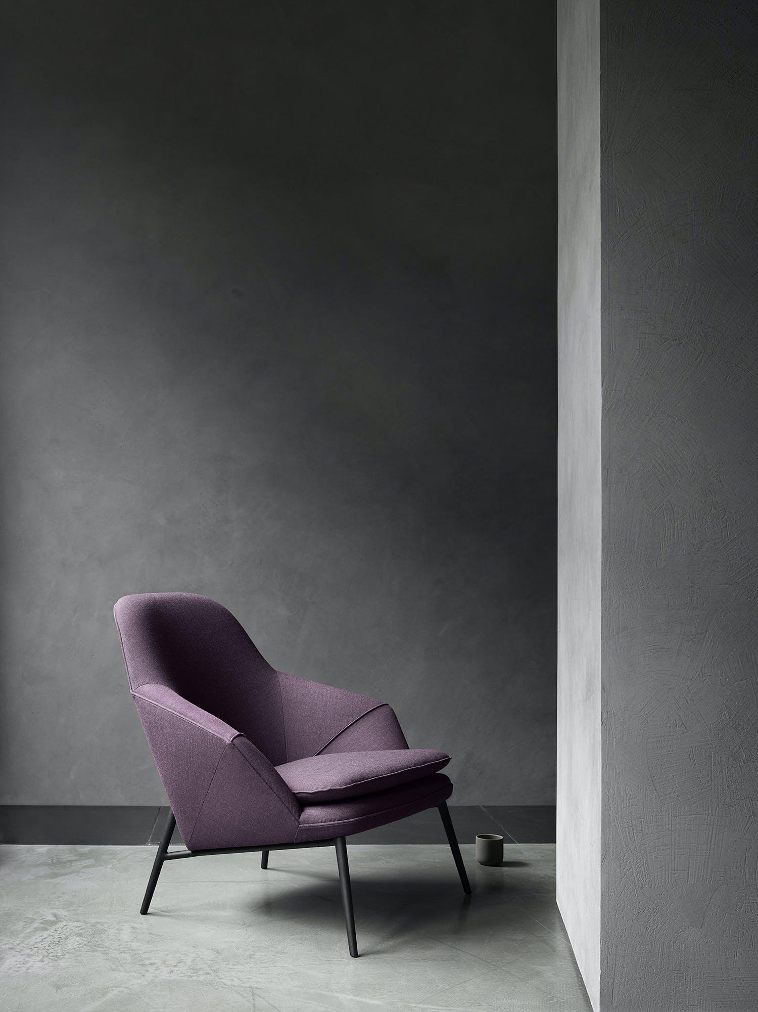 Hug Chair Side 2