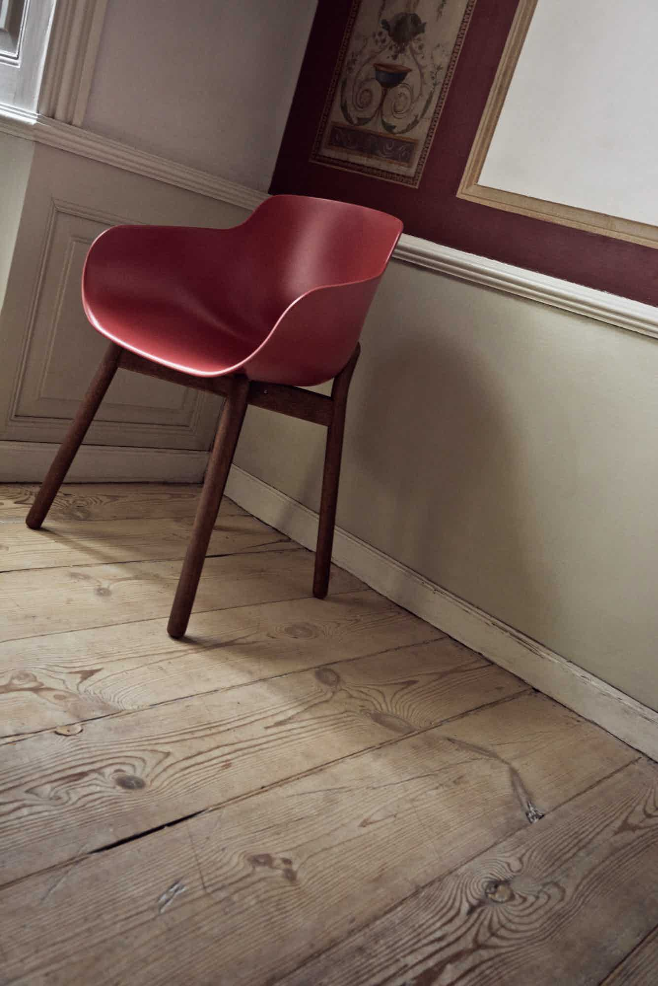bolia red hug dining chair insitu haute living