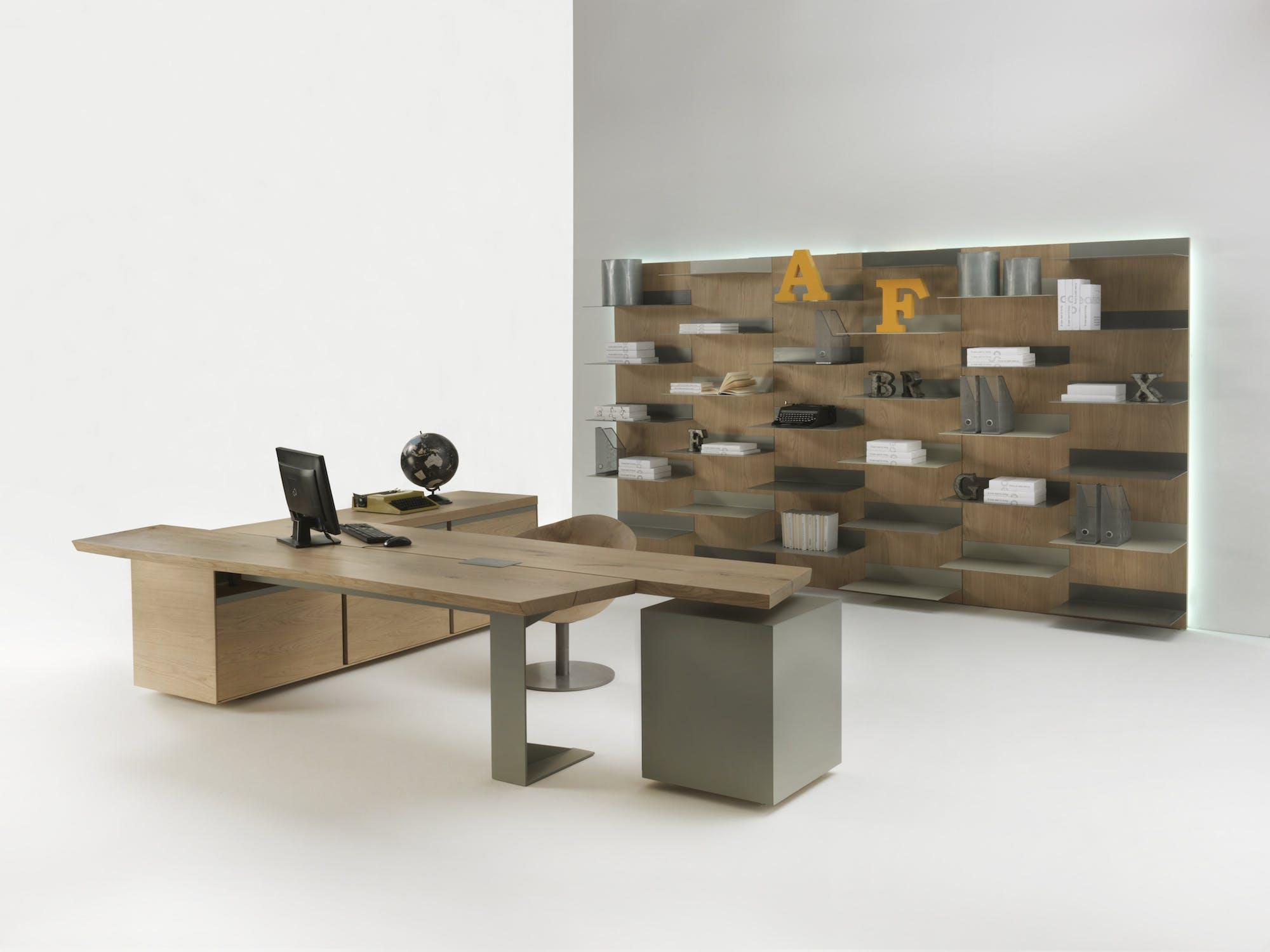 Riva 1920 Implement Desk Shelf Setup