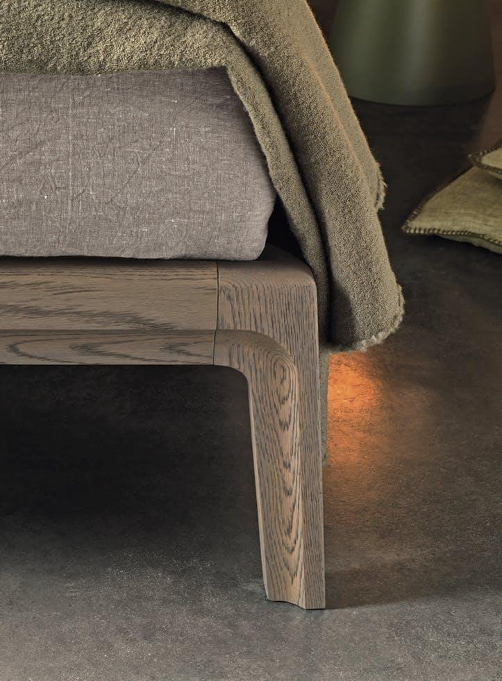 Giellesse Impronta Bed Base Detail Haute Living