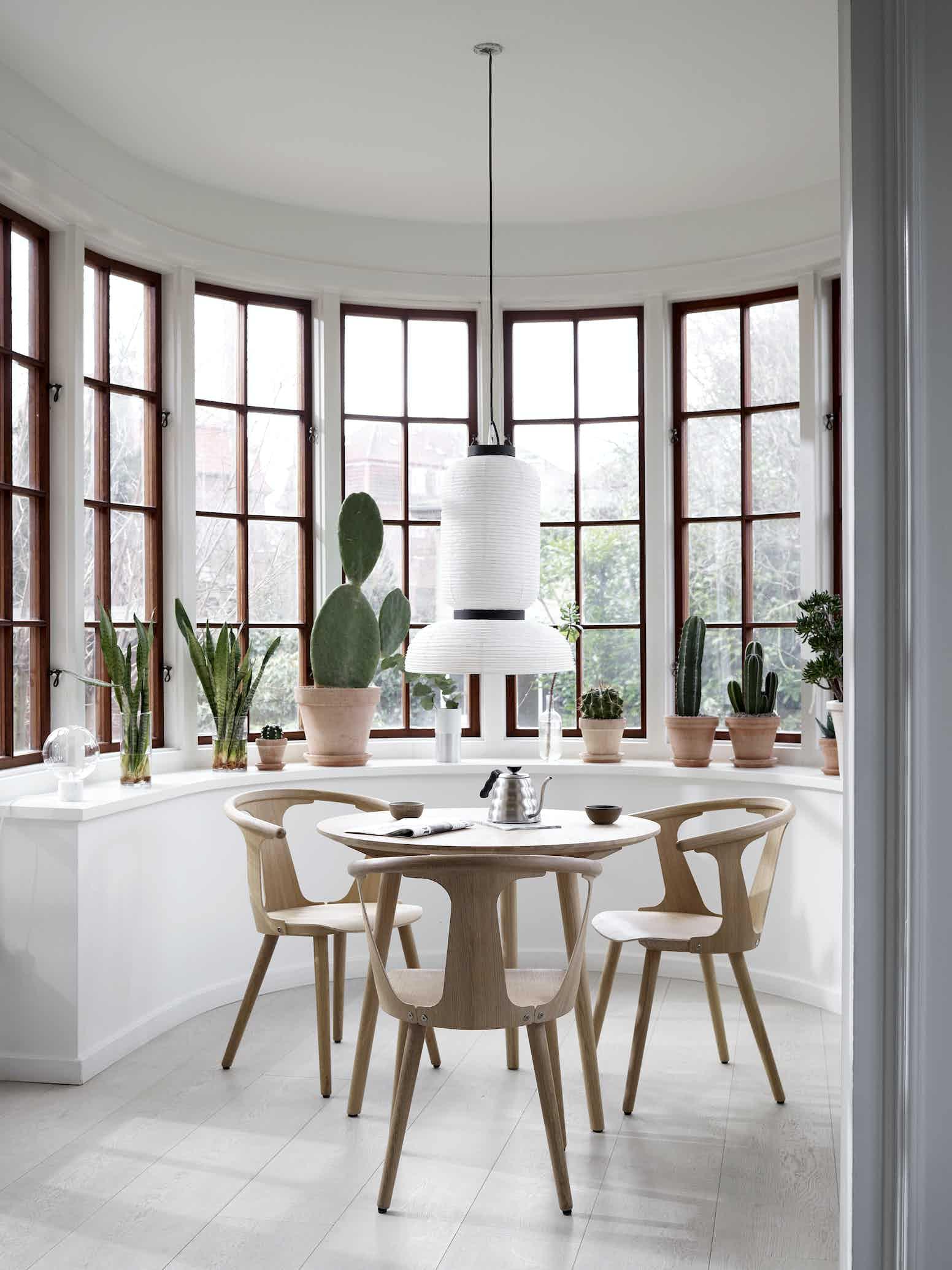 Andtradition Inbetween Chair Sk1 Insitu Group Haute Living