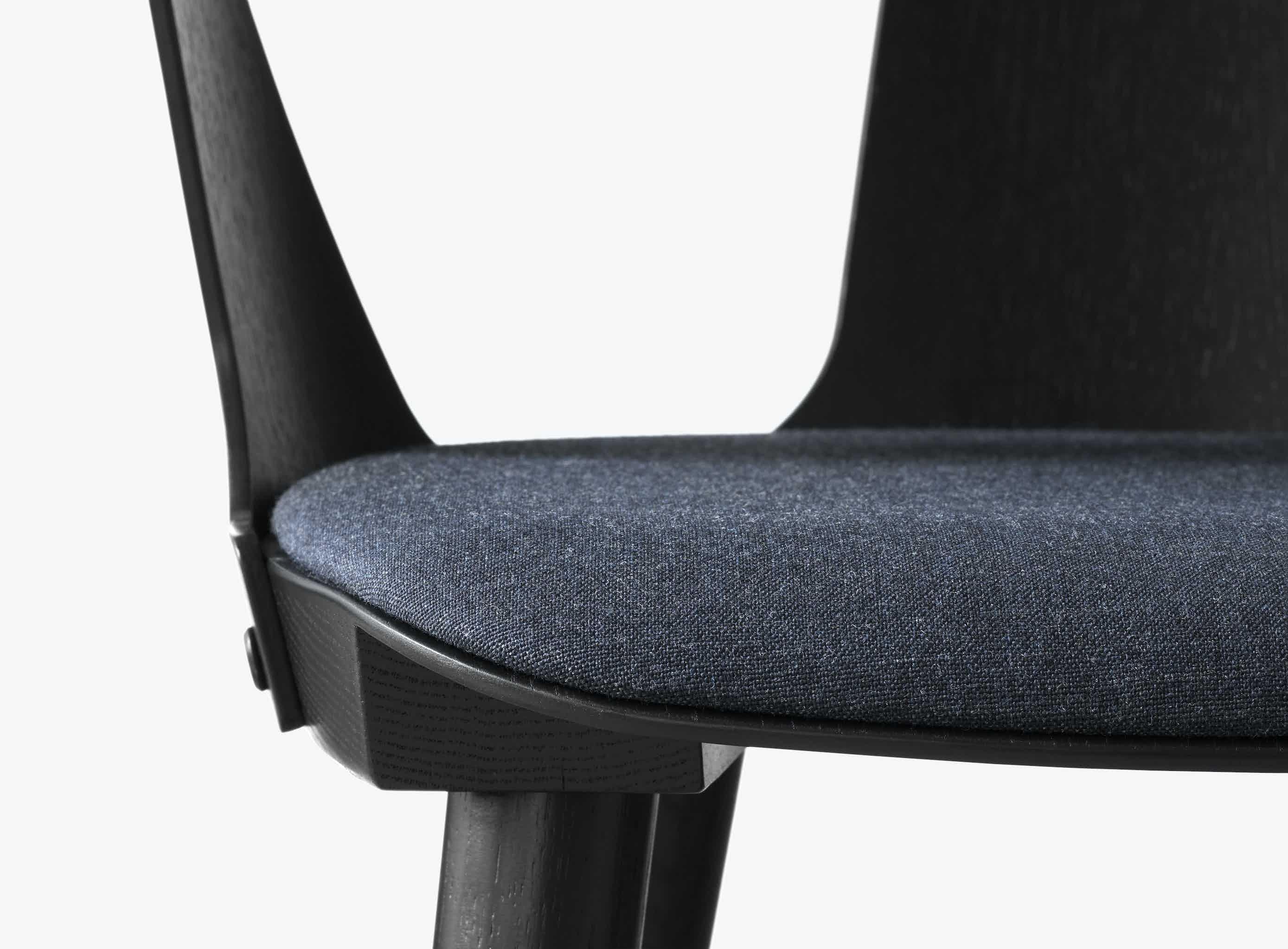 Andtradition Inbetween Chair Sk2 Black Detail Haute Living