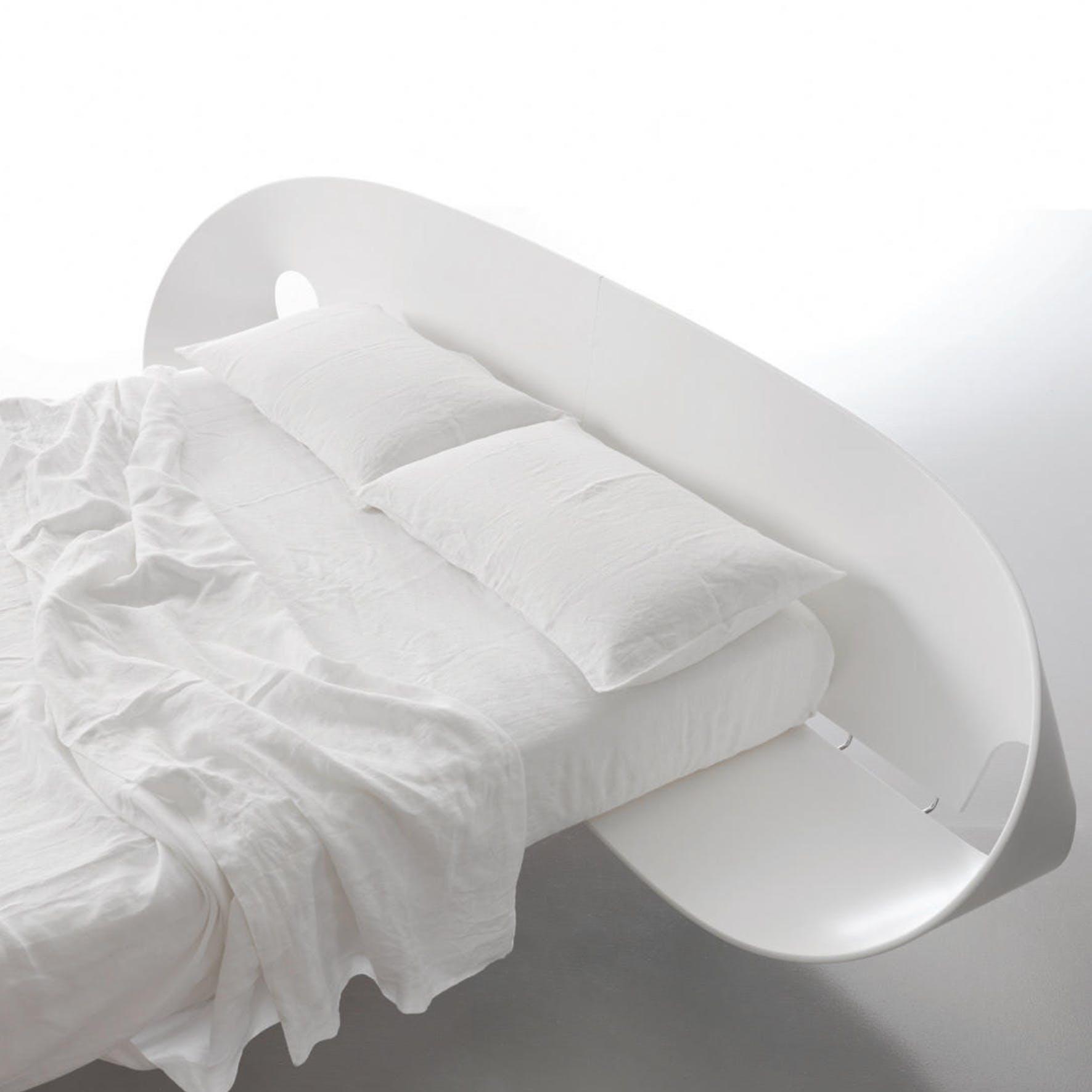 Caccaro Infolio Bed White Haute Living