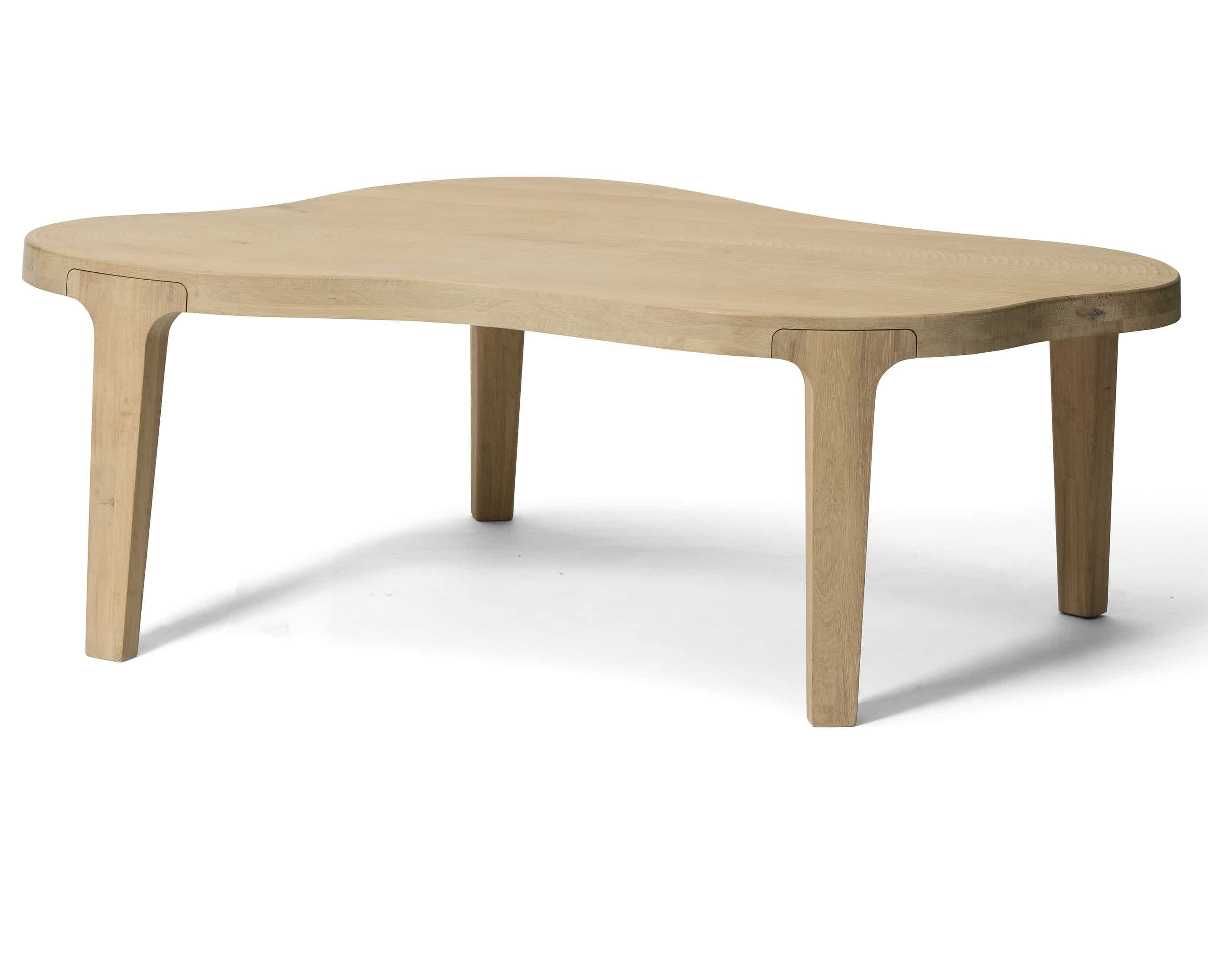 Linteloo-tan-isola-table-haute-living