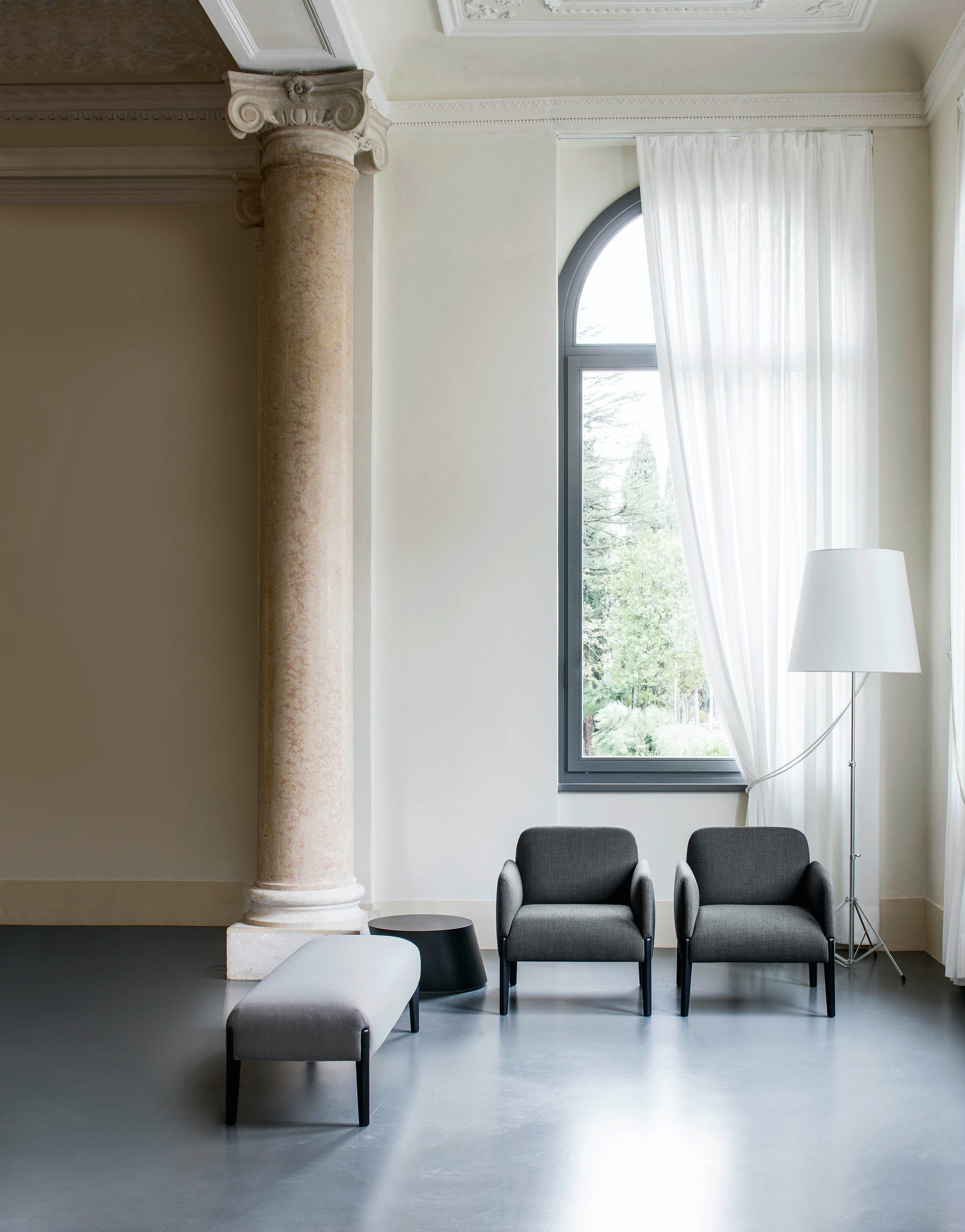 Lacividina-join-armchair-grey-haute-living