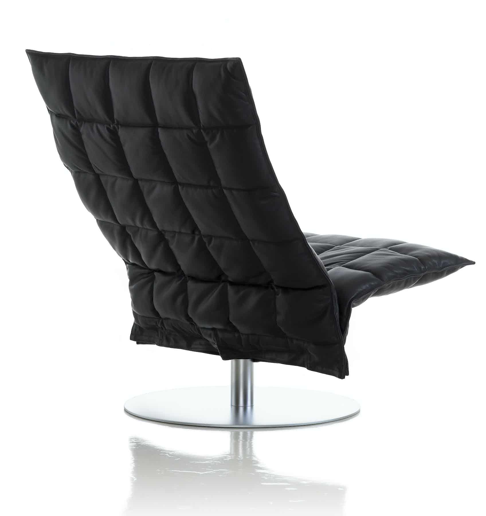 46005 Wide Swivel Kchair Black Leather 2