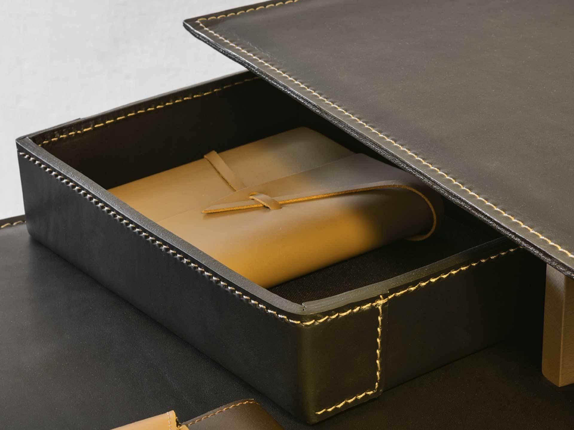 Frag-furniture-black-detail-kant-desk-institu-haute-living