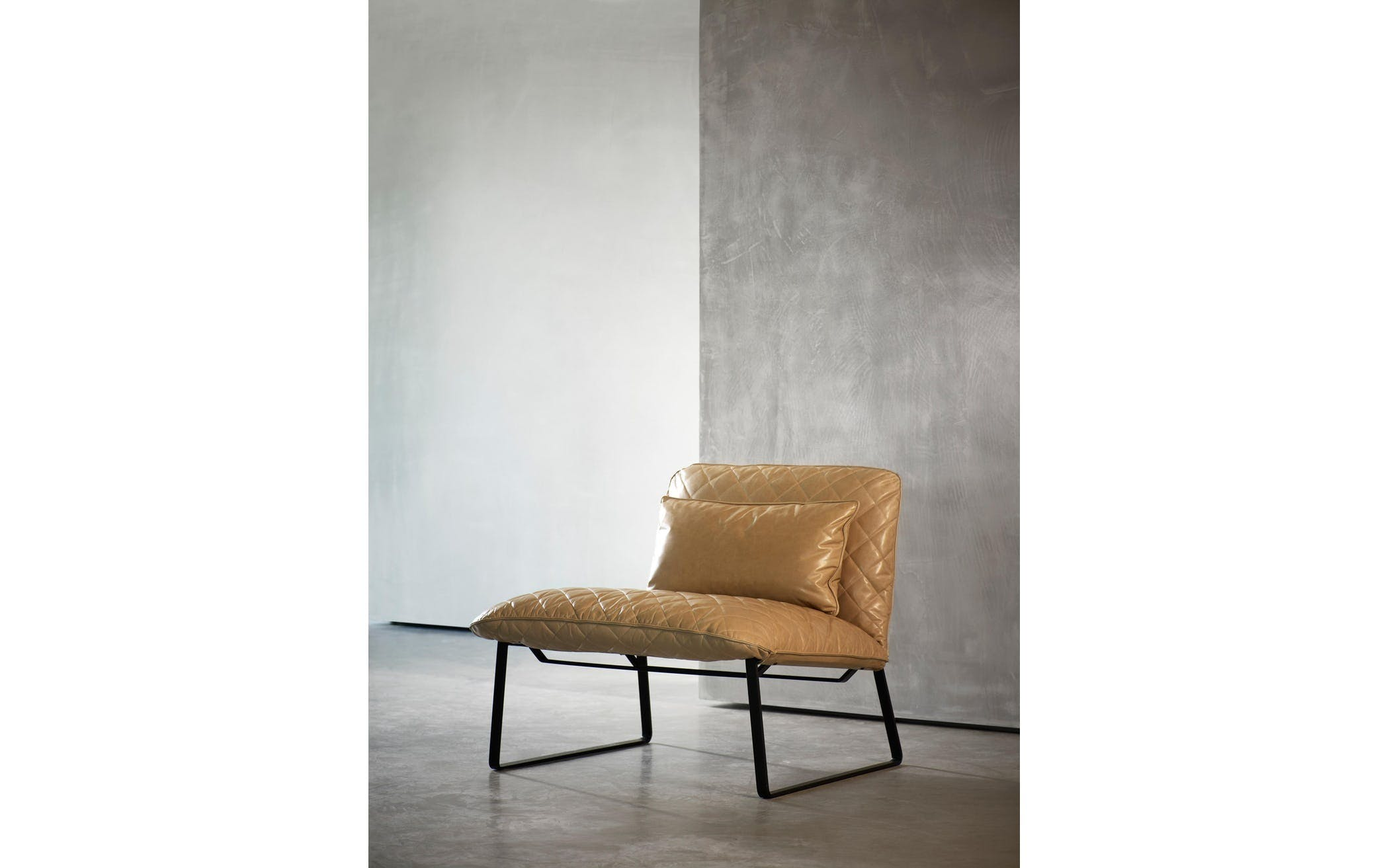 Kekke Lounge Chair 1