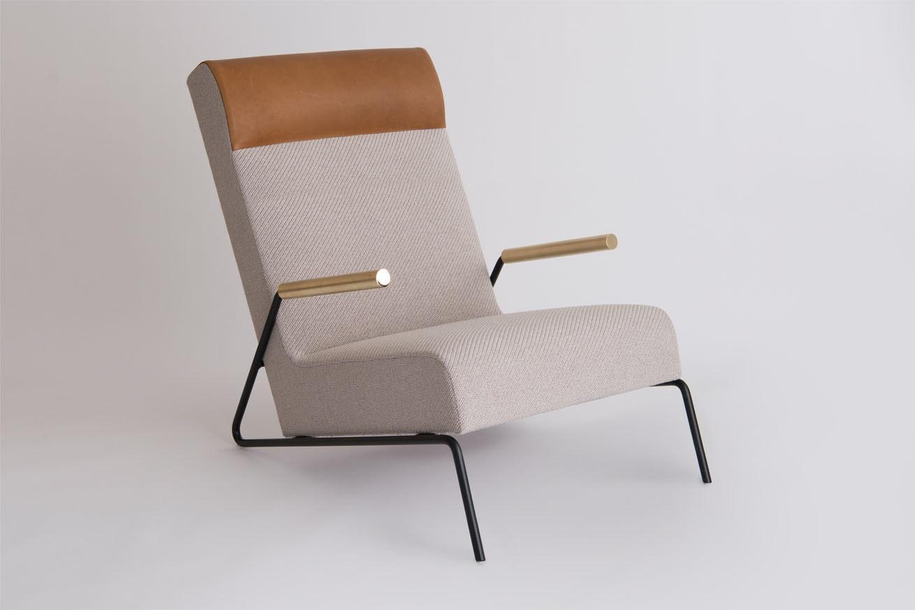 Kickstand Lounge 1 Chair 3