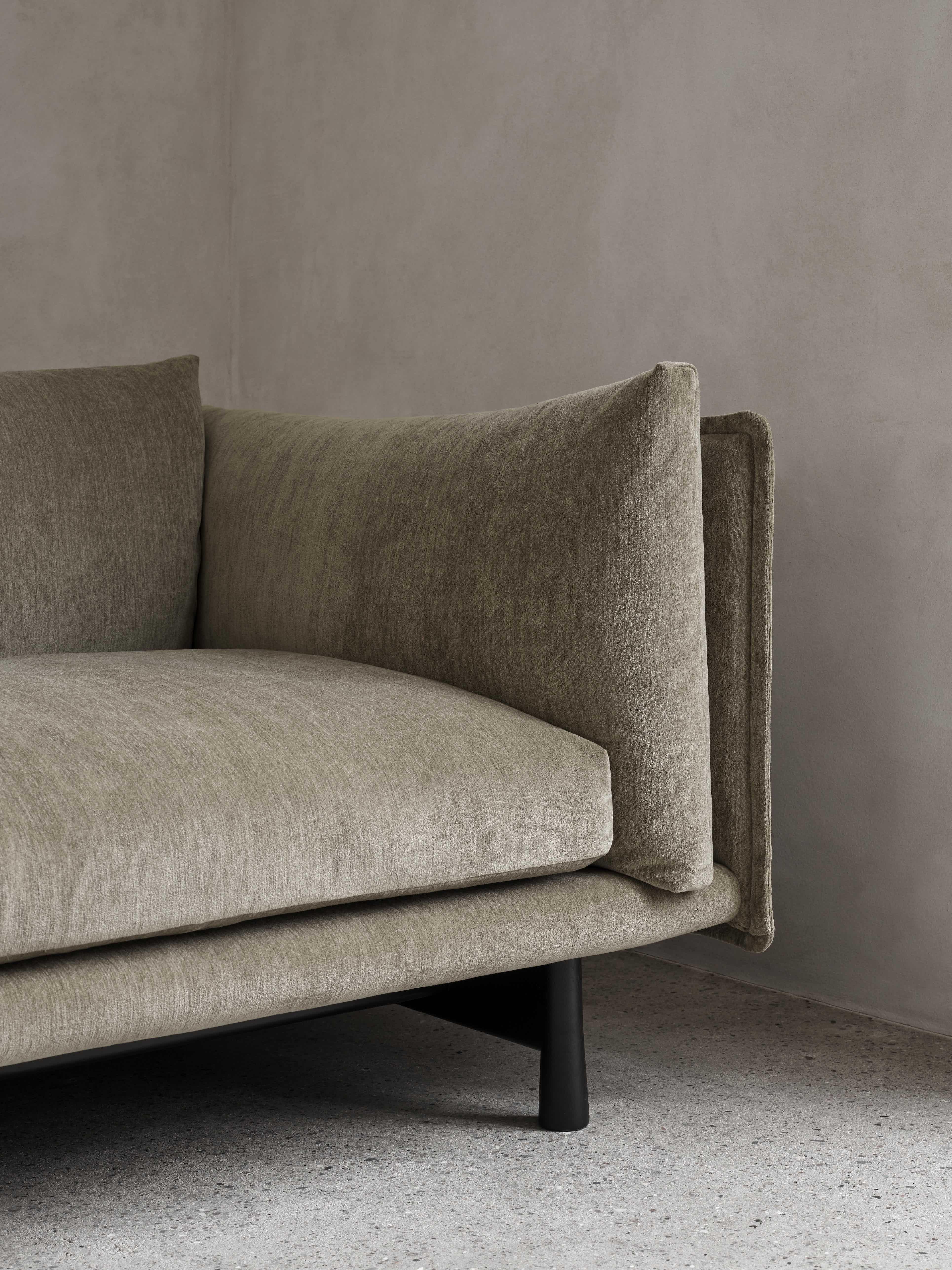 Wendelbo kite sofa detail haute living