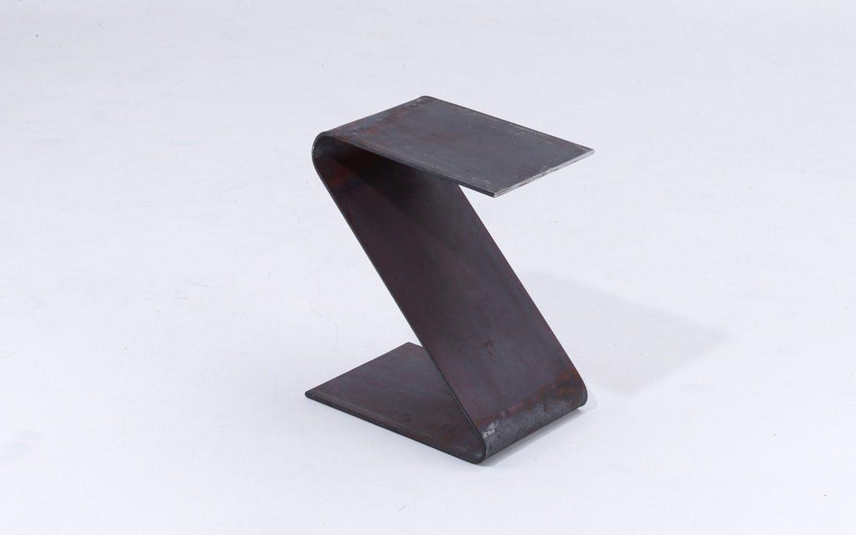 Kvara Side Table3
