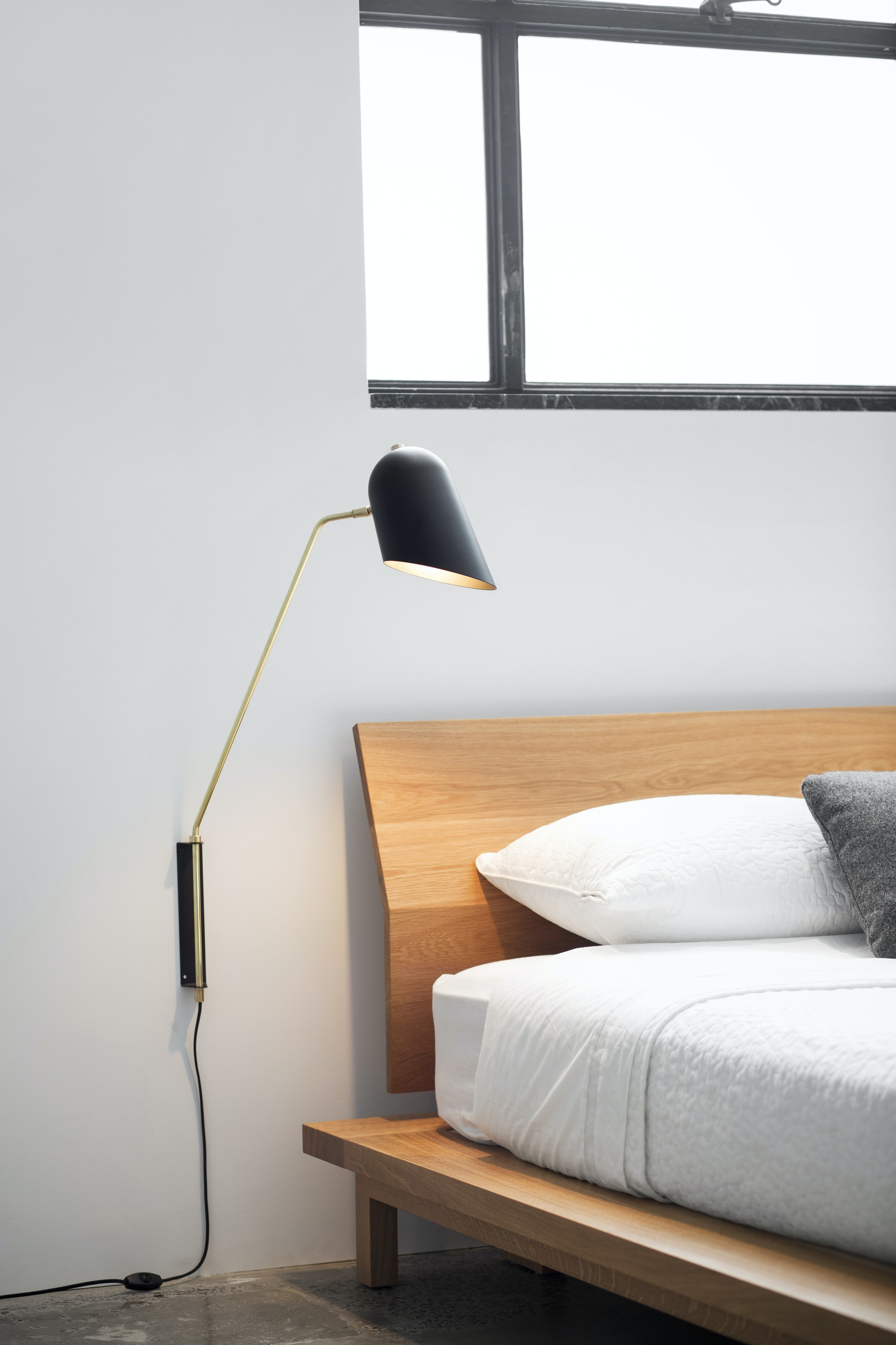 Cliff Wall Lamp 2