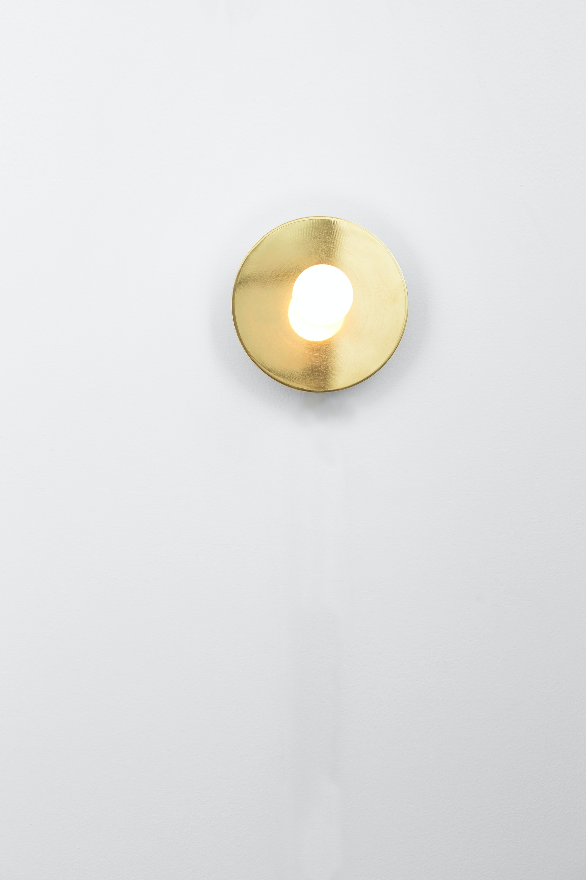 Dot Wall Lamp 2