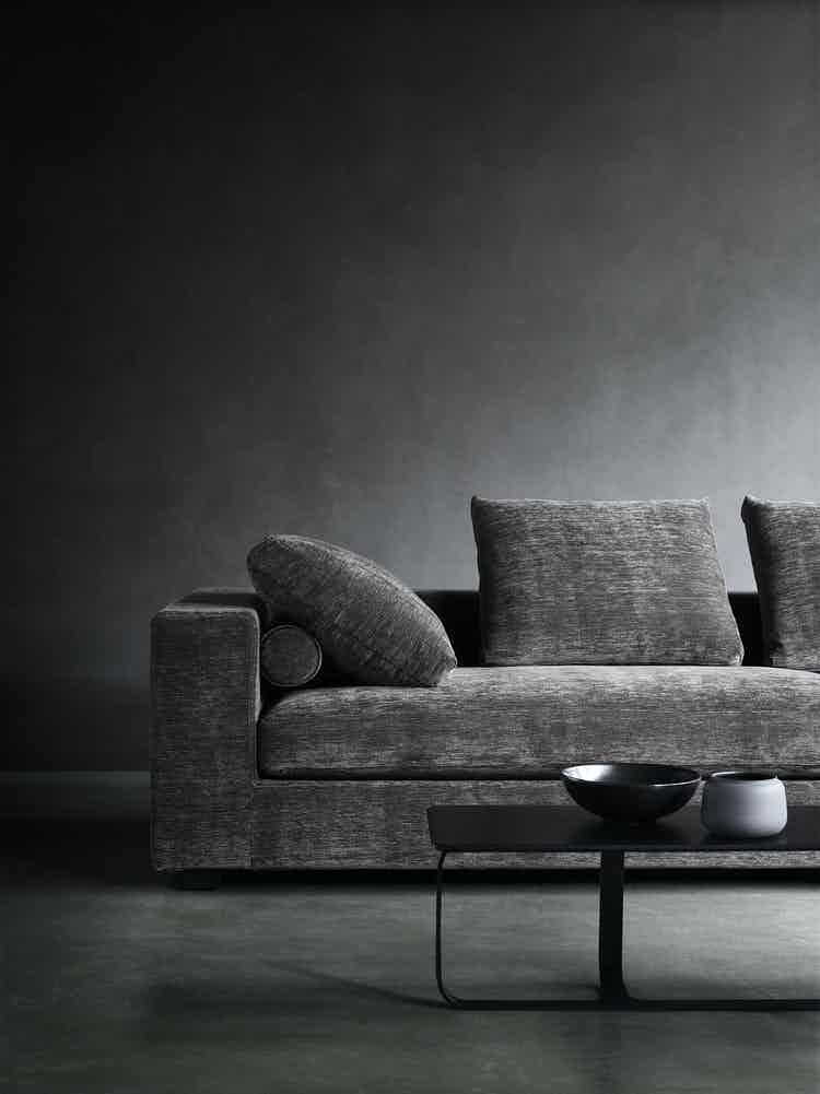 Wendelbo-front-croner-landscape-sofa-institu-haute-living