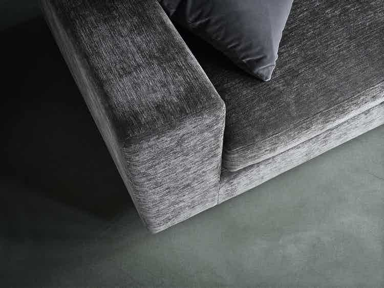 Wendelbo-top-detail-landscape-sofa-institu-haute-living