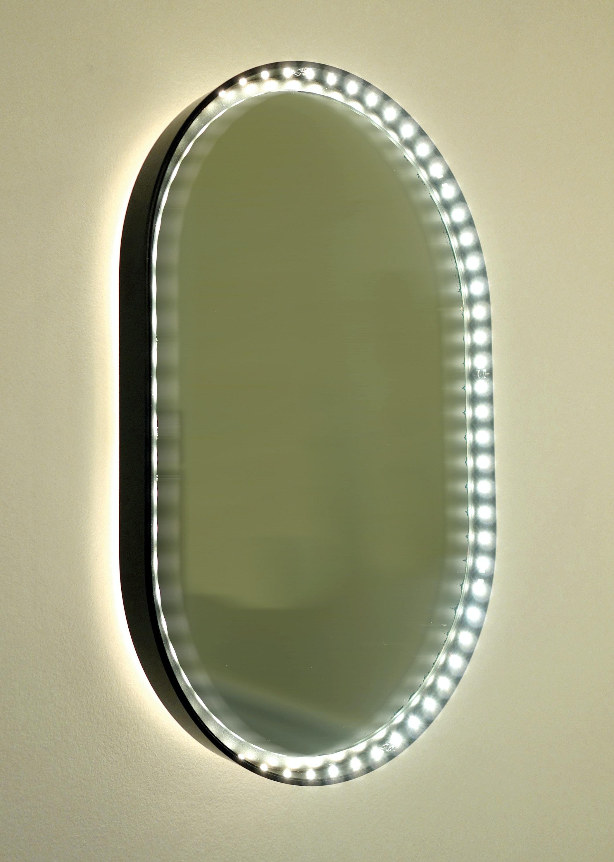 Vanity Oval 30