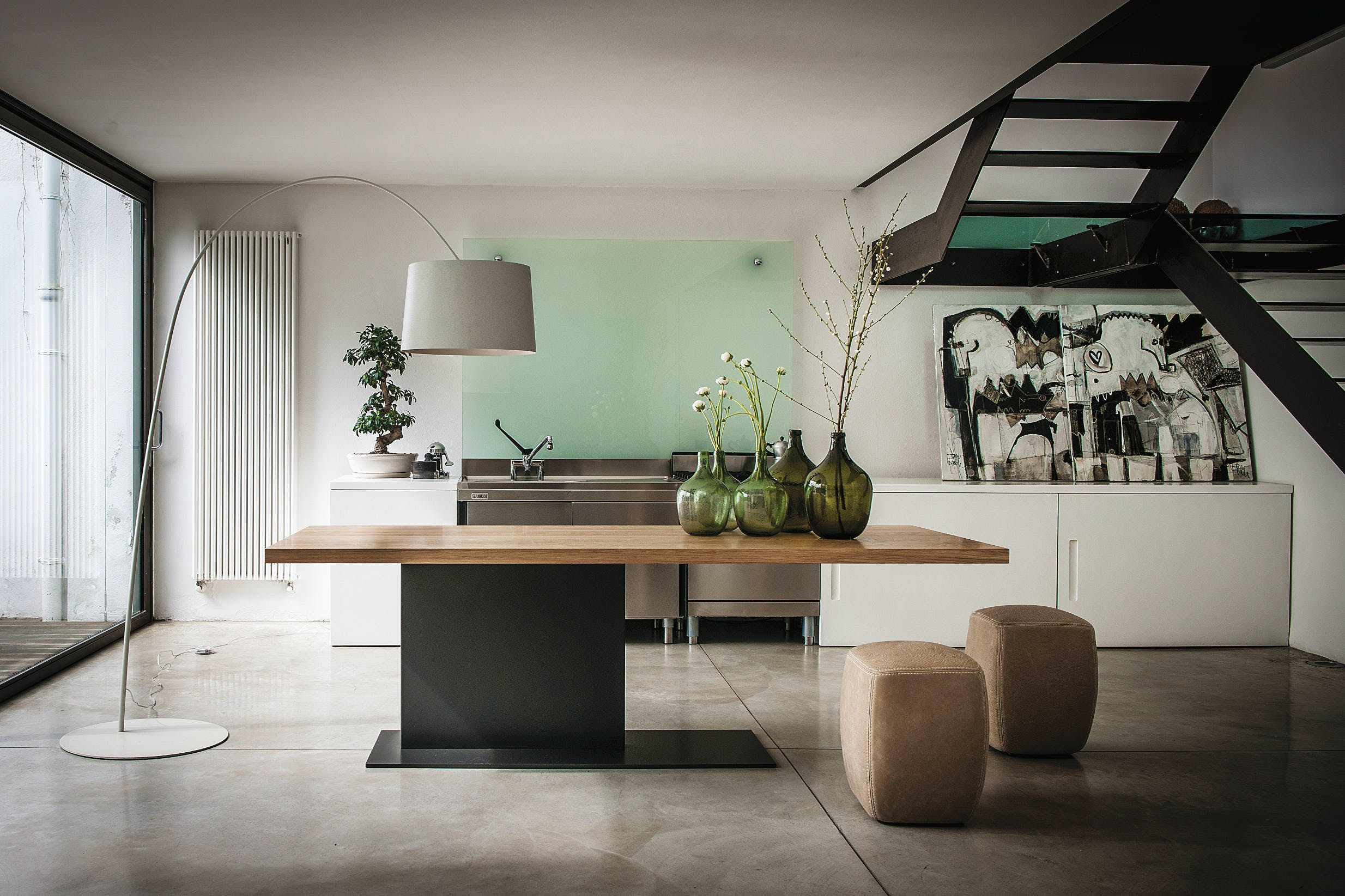 Riva 1920 Liam Table Insitu